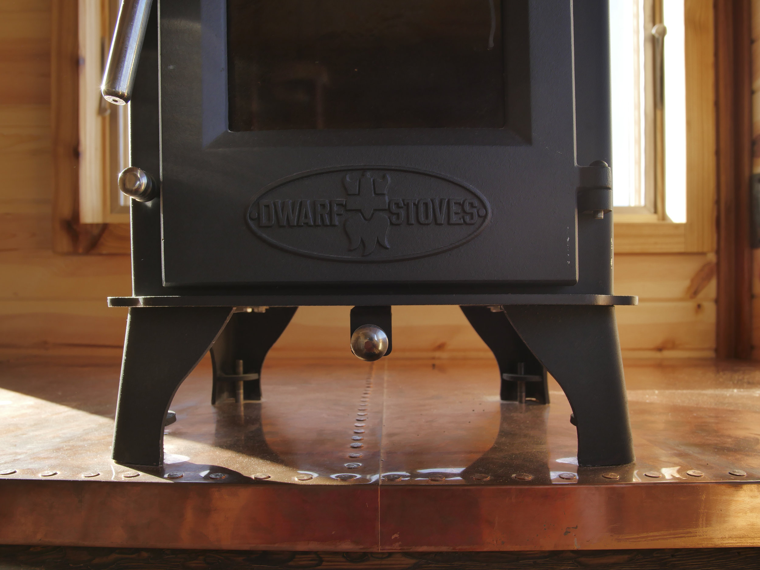 Honey On The Rock - Dwarf Wood Burning Stove