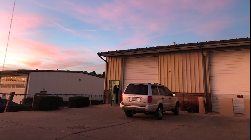 Our two studio spaces (a&b) are located in the same building as Mammoth Carpet Cleaning. Twin Peaks Glass is to the West.