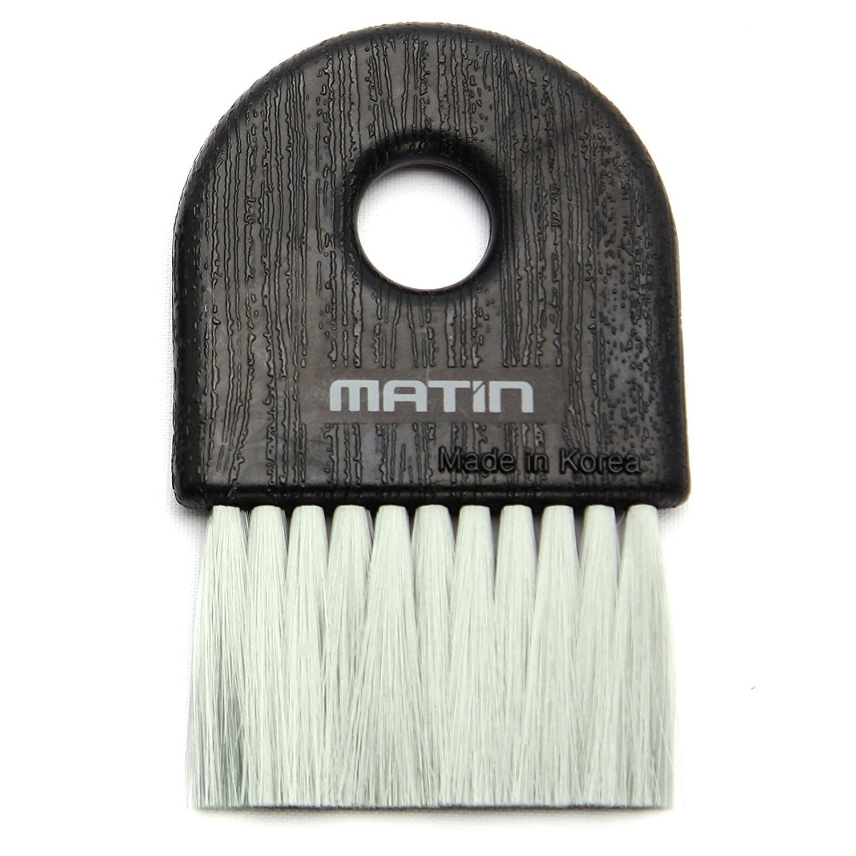 Anti-static brush