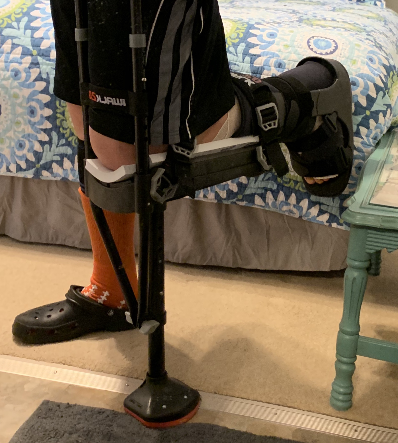 The iWalk 2.0 in use with the extra foam