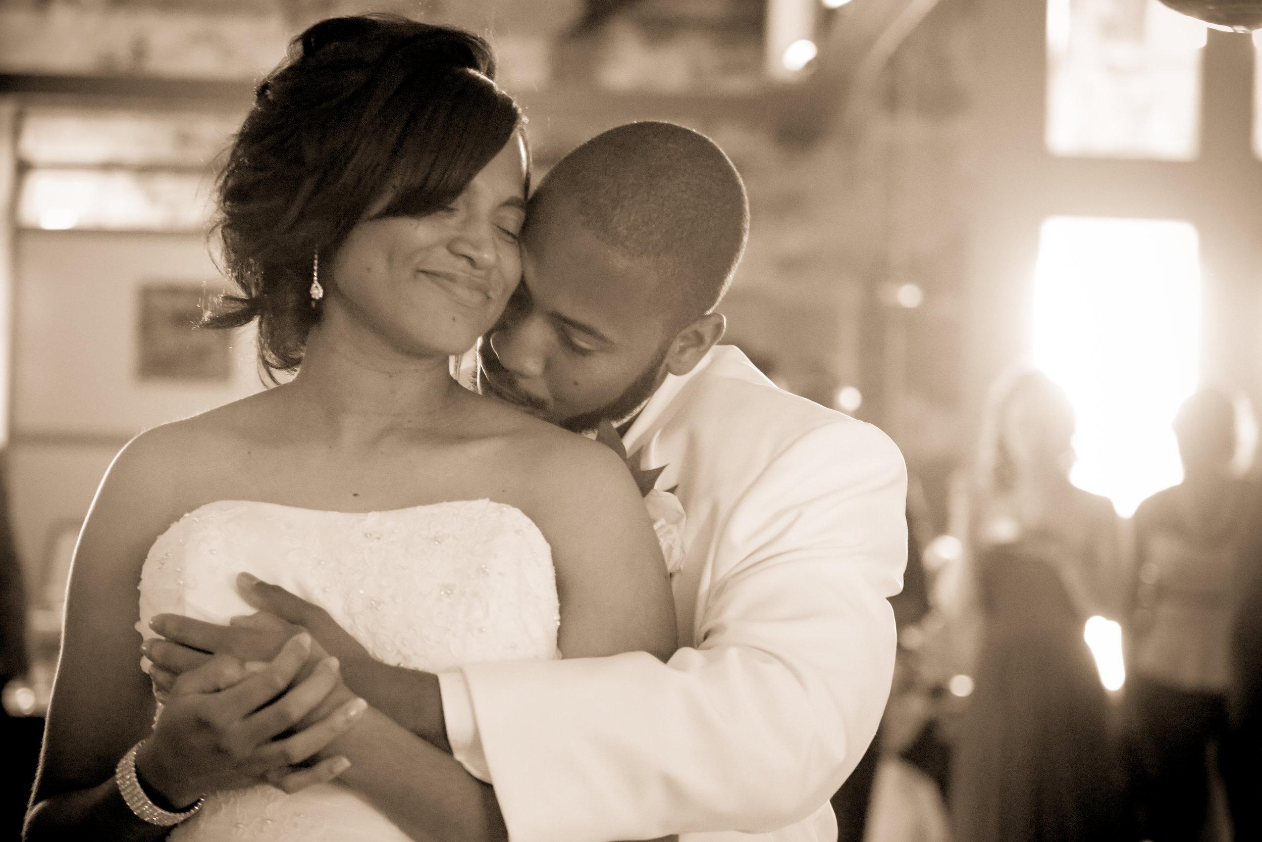 5-24-14_Errol Ebanks_The Finney Wedding_0957.jpg