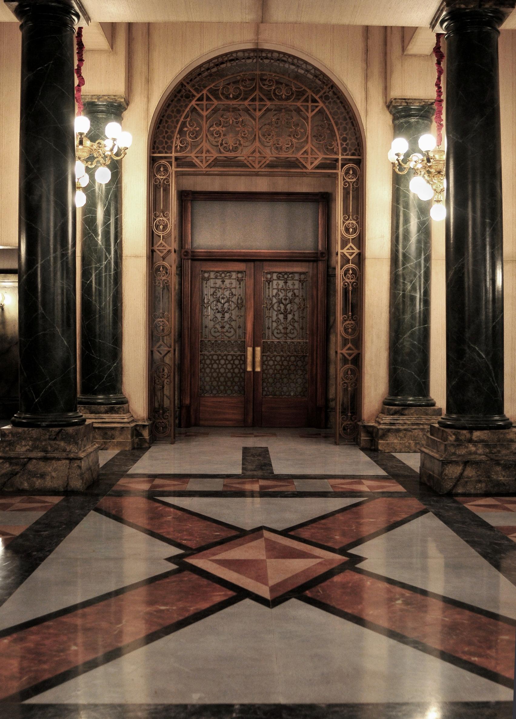 rotunda entrance.jpg