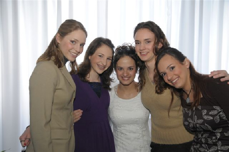 Zelda's three granddaughters welcoming their sister-in-law Rachel Sharansky and her sister Jan. 4, 2008