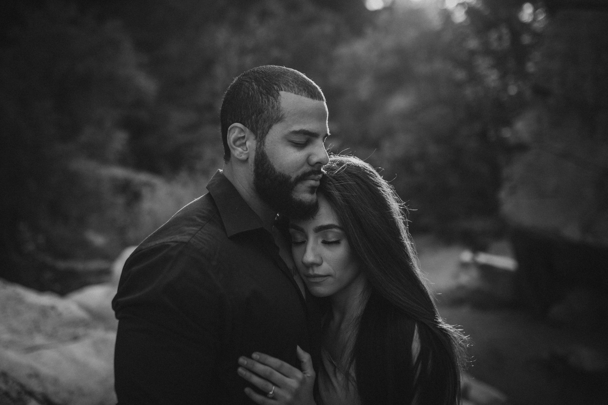 yosemite-national-park-engagement-session (8).jpg