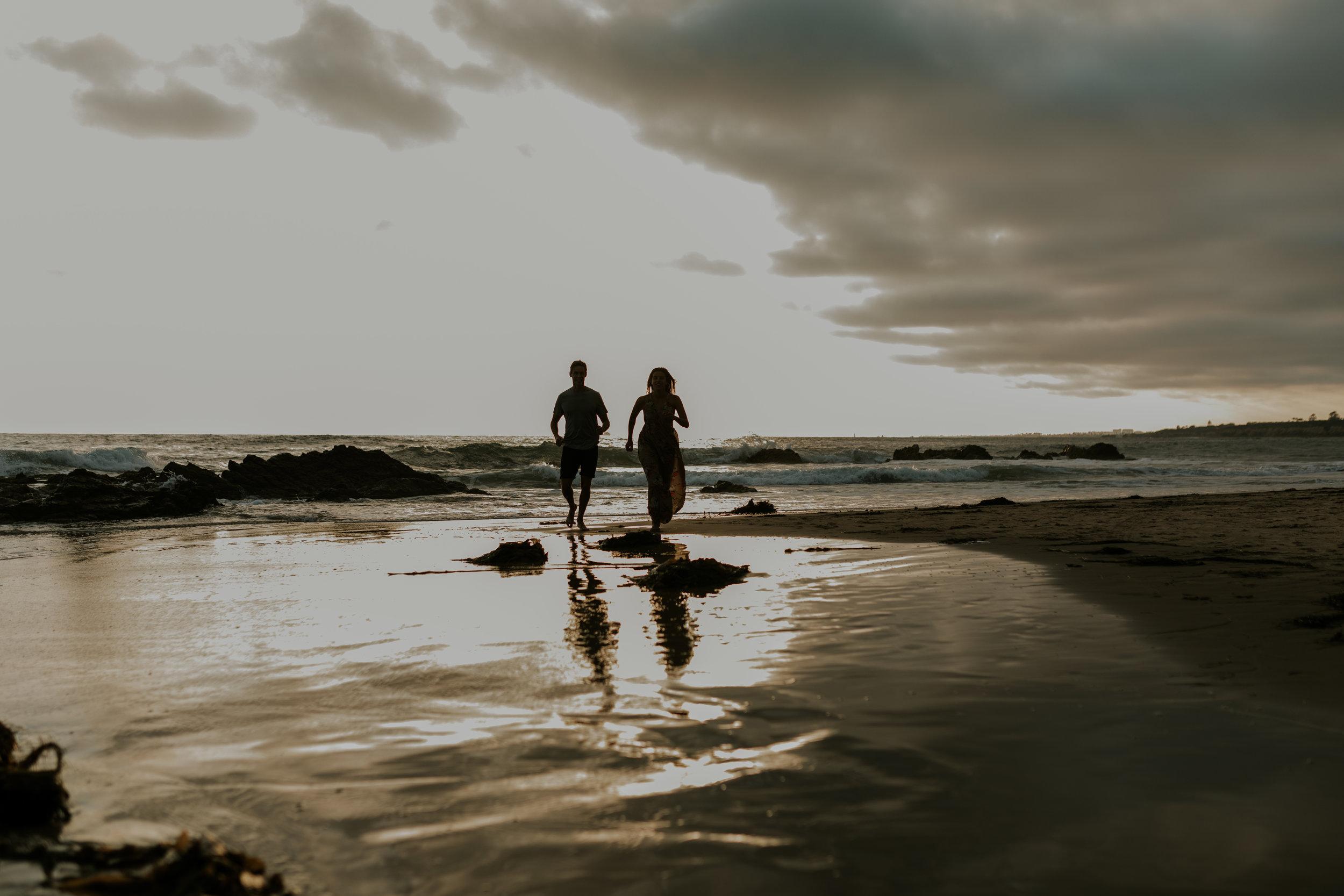 san-diego-beach-engagement-session (29).jpg