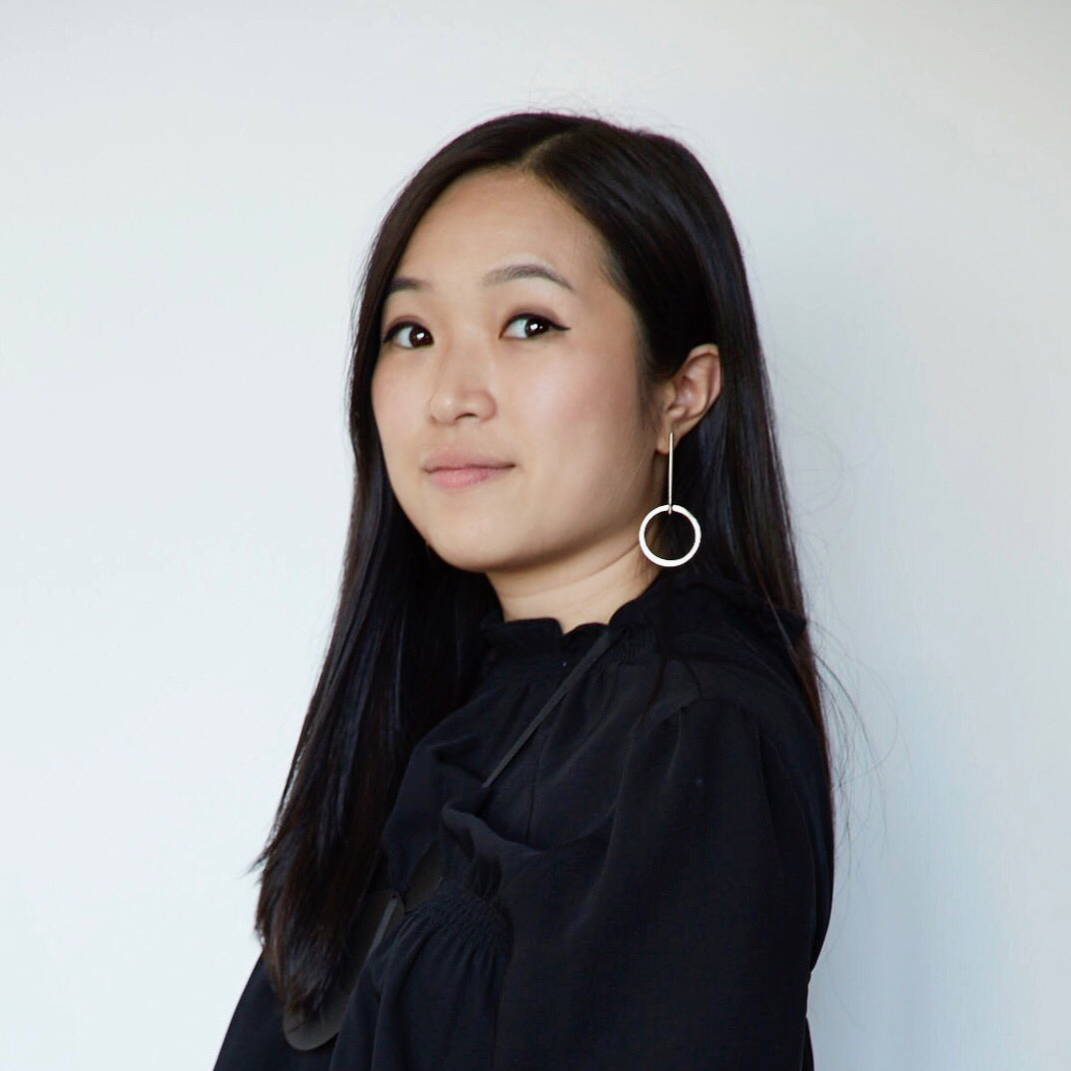 - Teresa Xu is an interior designer based in New York City. In 2015, she graduated with a MFA in Interior Architecture & Design from Academy of Art University in San Francisco.Teresa enjoys fashion, travel and has a deep (fried) love for chicken. She is currently available for freelance projects.