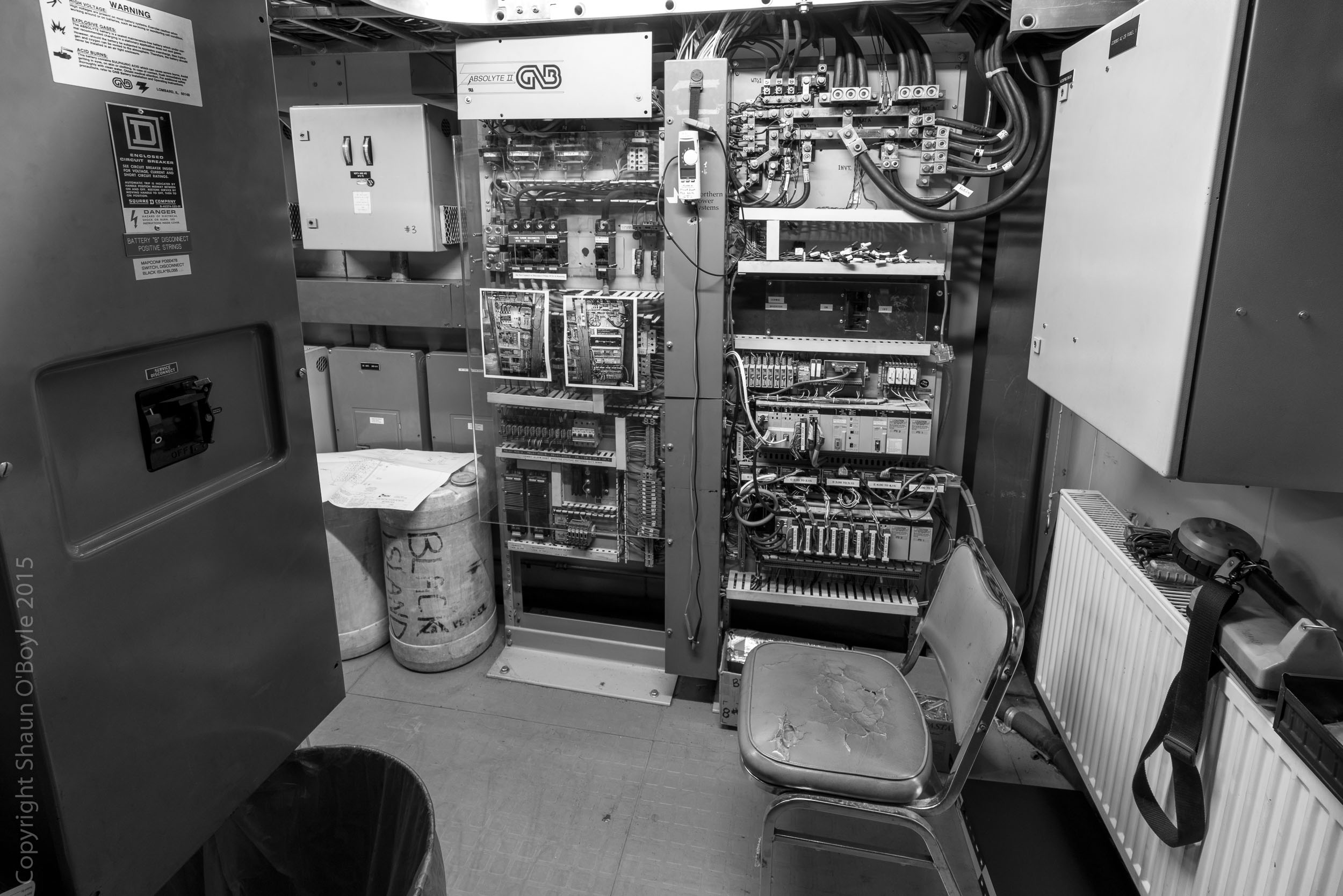 The station handles all McMurdo communications with the outside world via satellite, so some very complex telecommunications and electrical equipment on hand. It was rumored that the station was going to be replaced within a few years with equipment located on Ross Island.