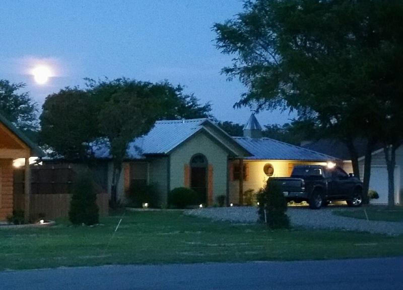 Moon rise large.jpg
