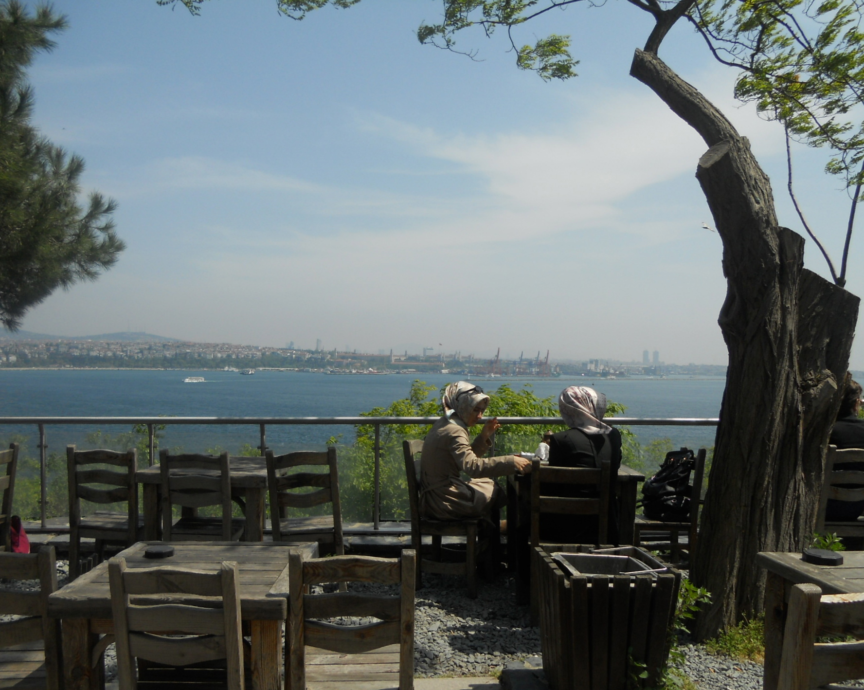 Topkapi Palace Istanbul copy.JPG