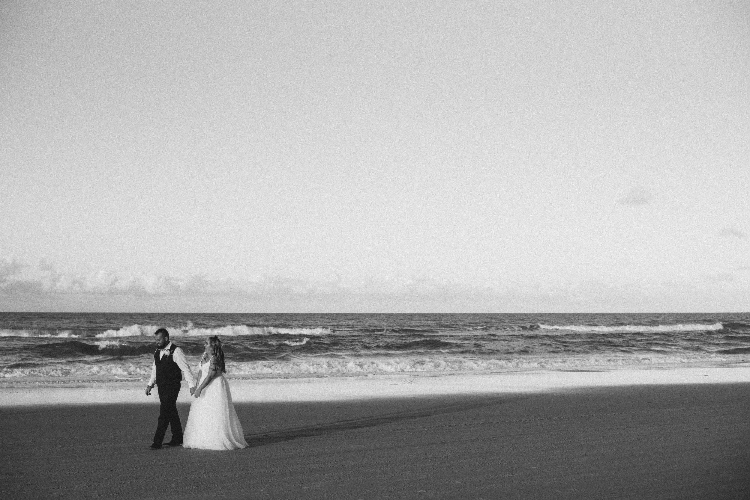 LAUREN + SHANE - RAINBOW BEACH