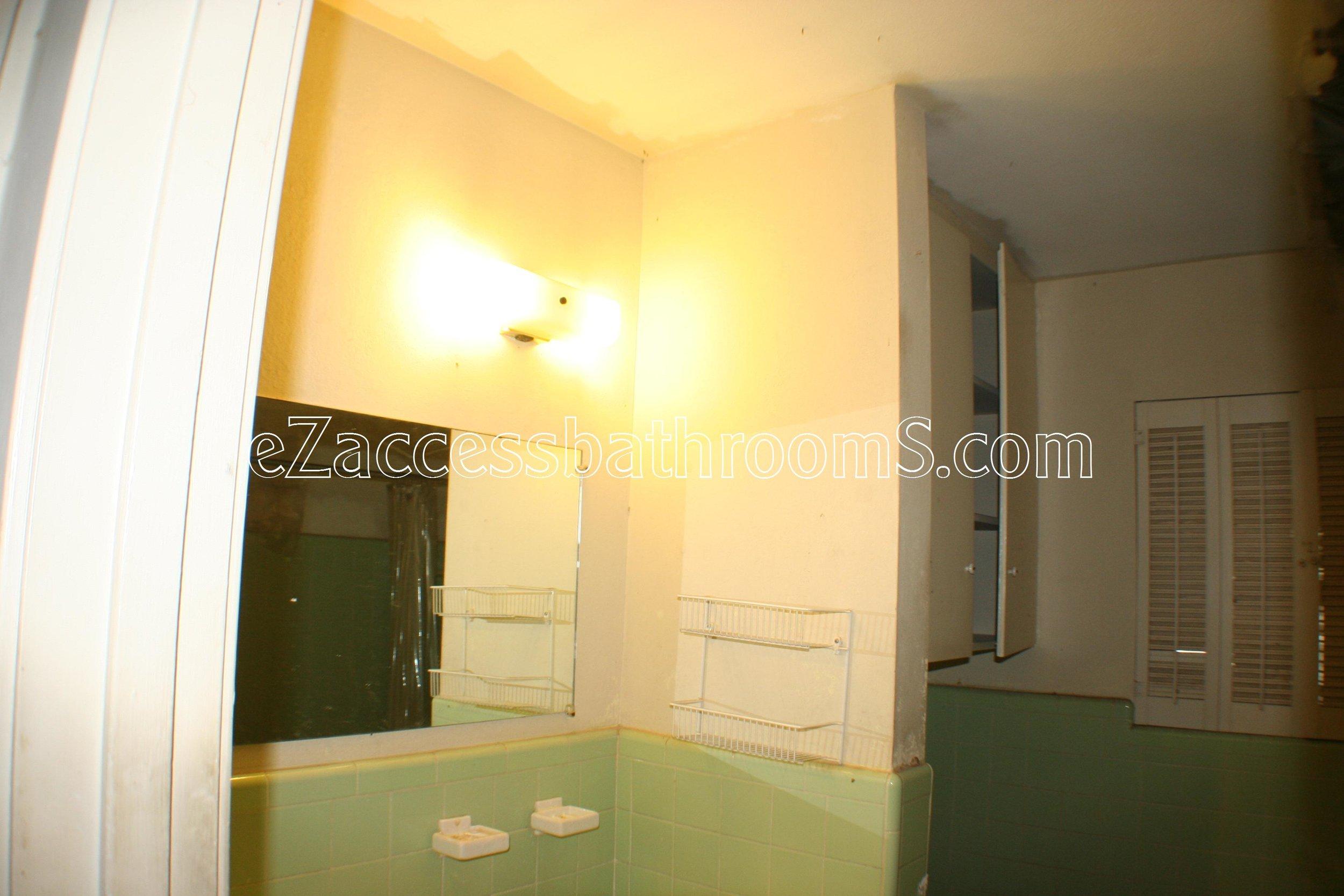 rollin shower ezaccessbathrooms.com 0007.JPG
