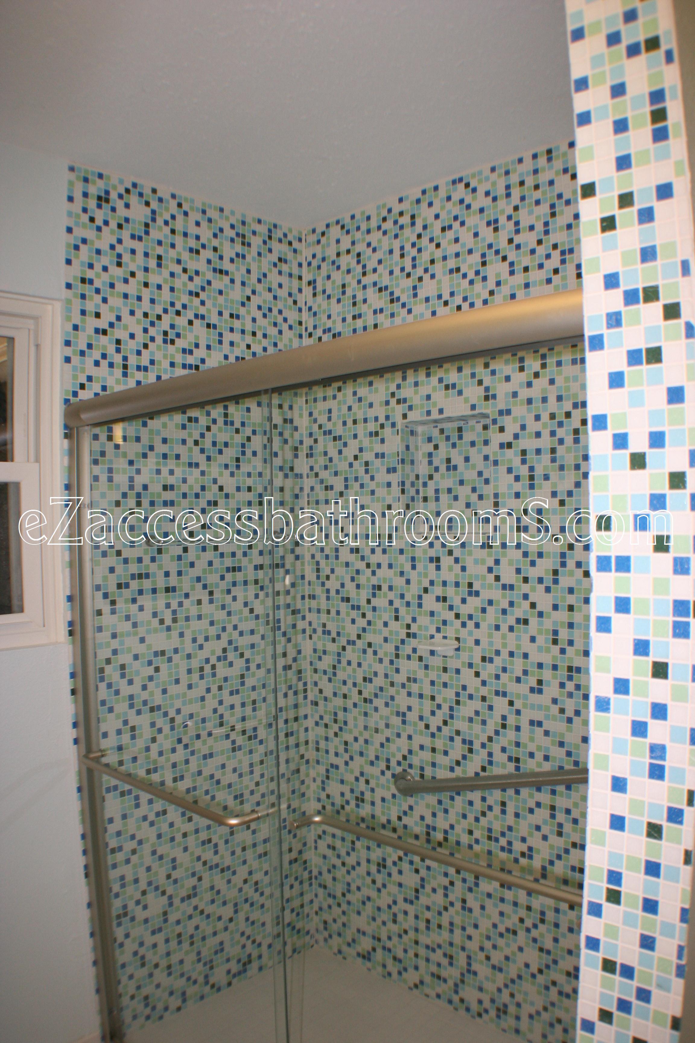 rollin shower ezaccessbathrooms.com 0014.JPG