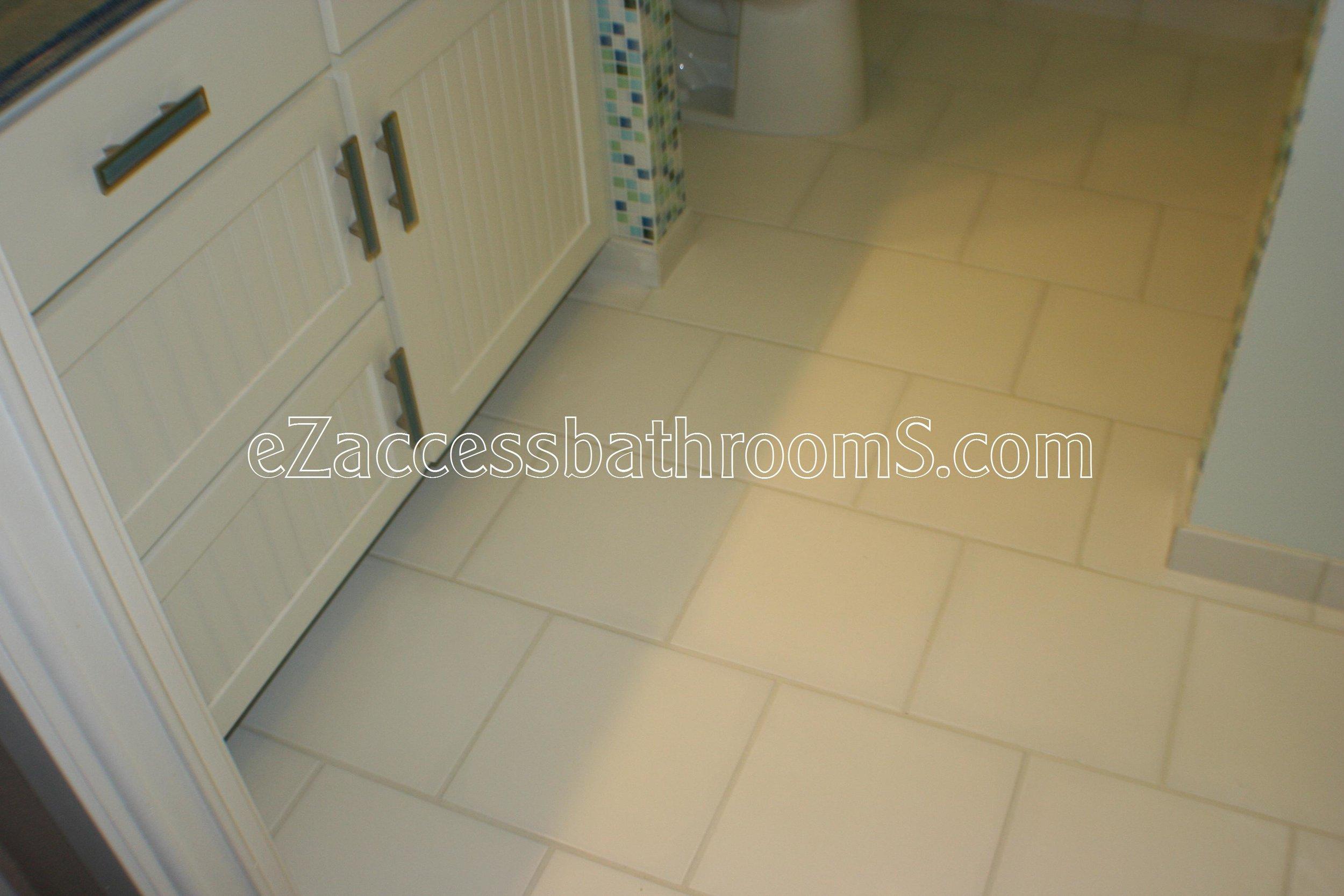 rollin shower ezaccessbathrooms.com 0028.JPG