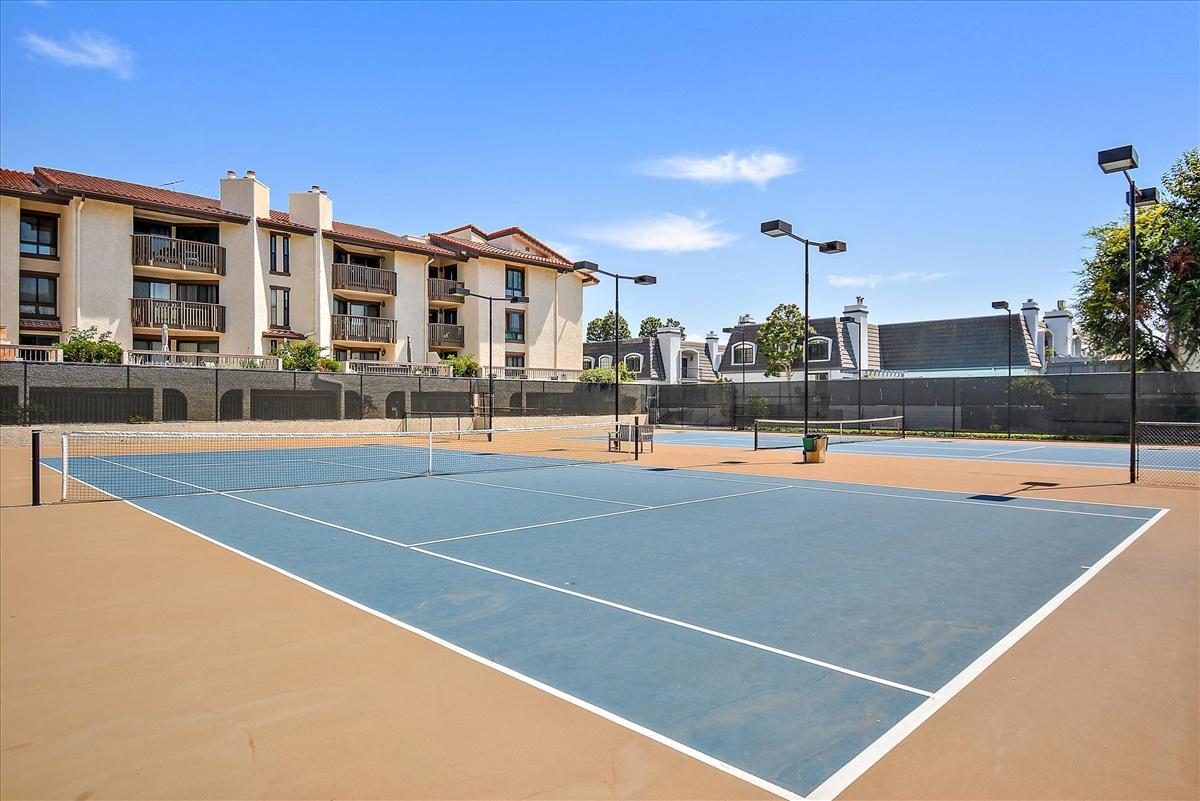 23-Sports Court.jpg
