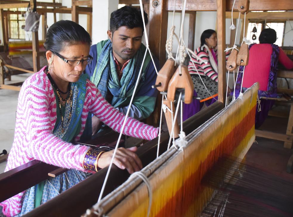 10. Outreach Pachanbhai and Shantaben-1405.jpg