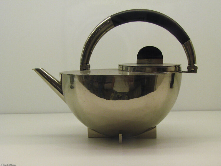 Tea and Coffee set designed by Marianne Brandt, 1924