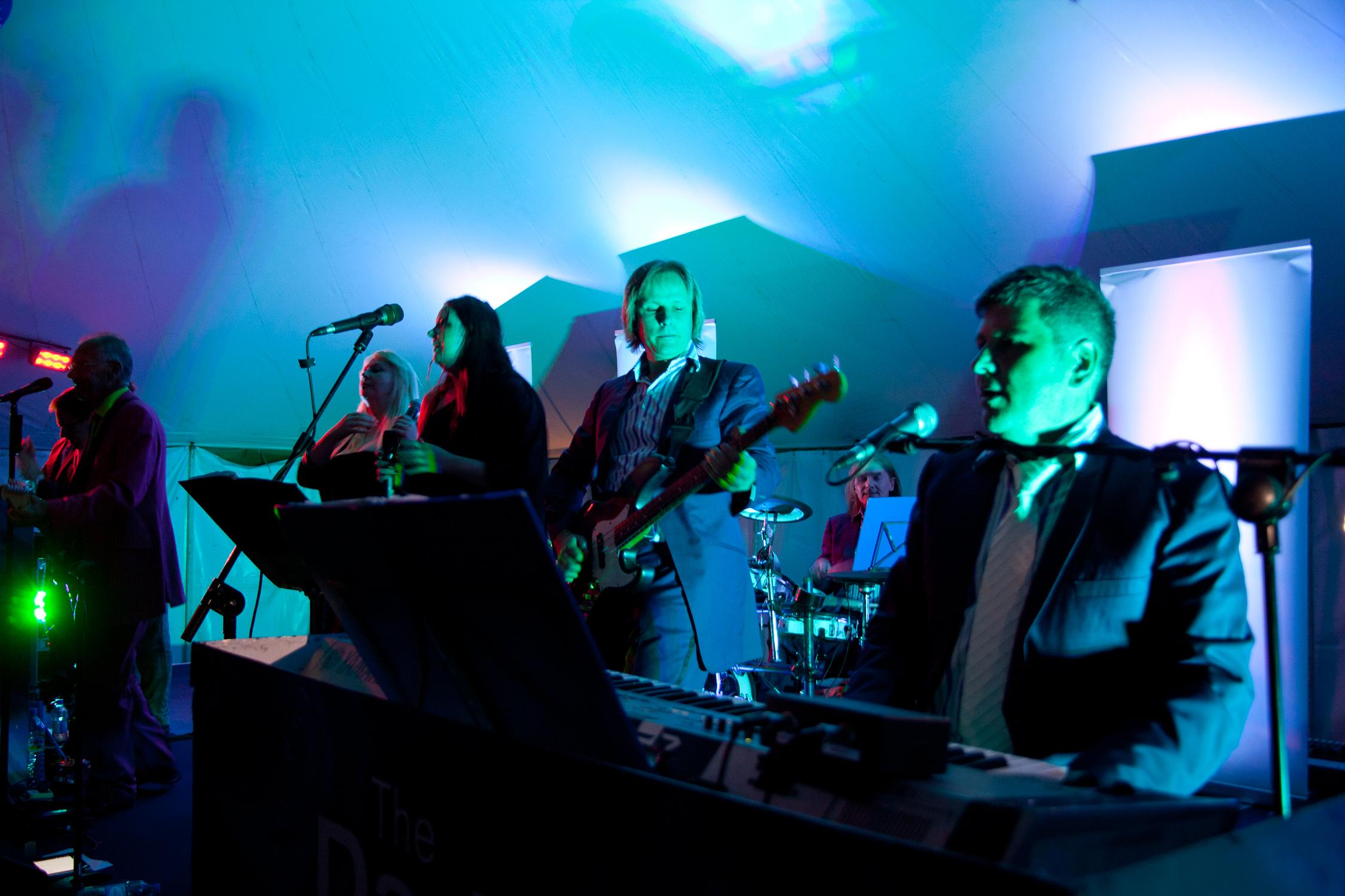 dark-blues-performing-22.jpg