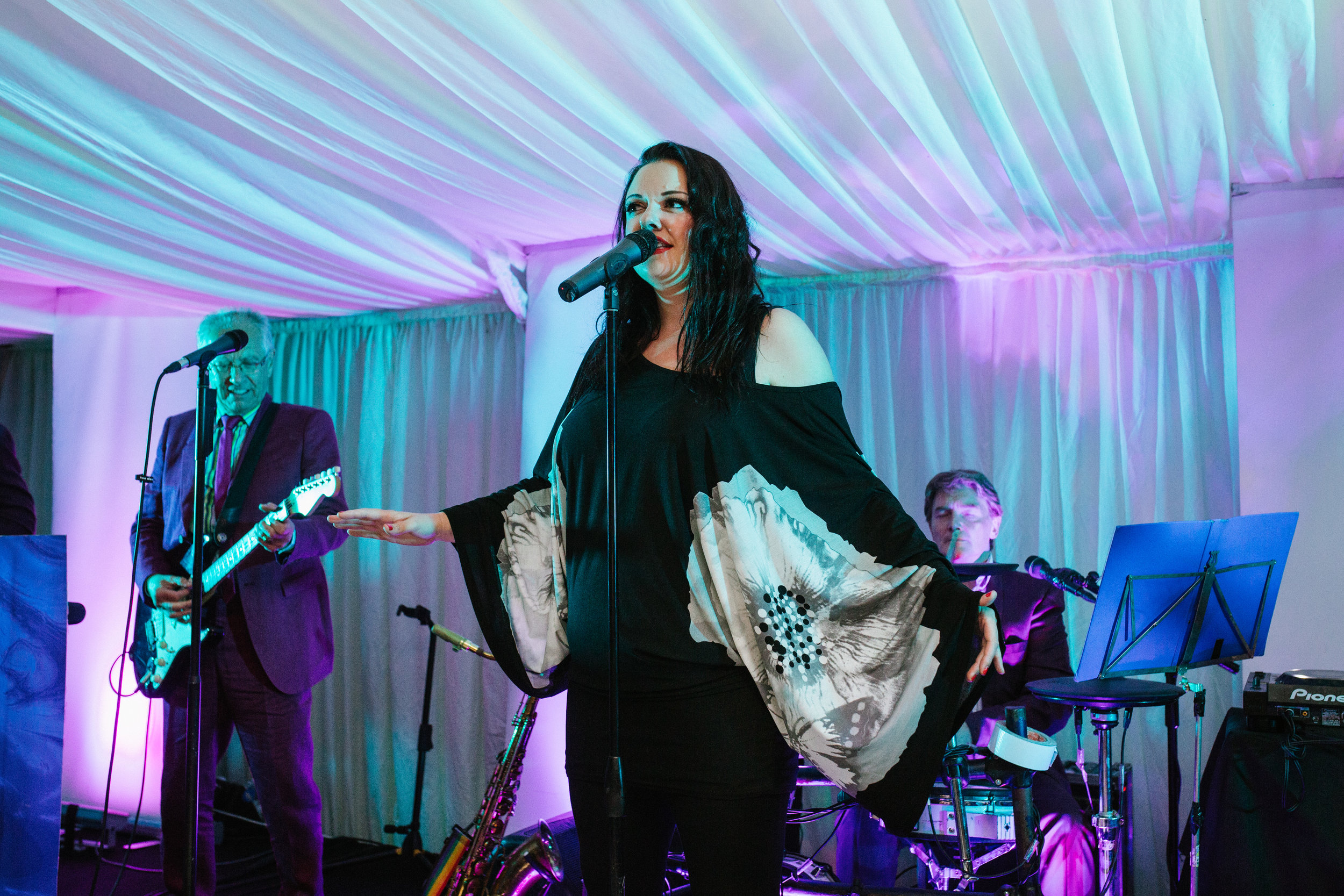 Annabel Williams singing with the Dark Blues