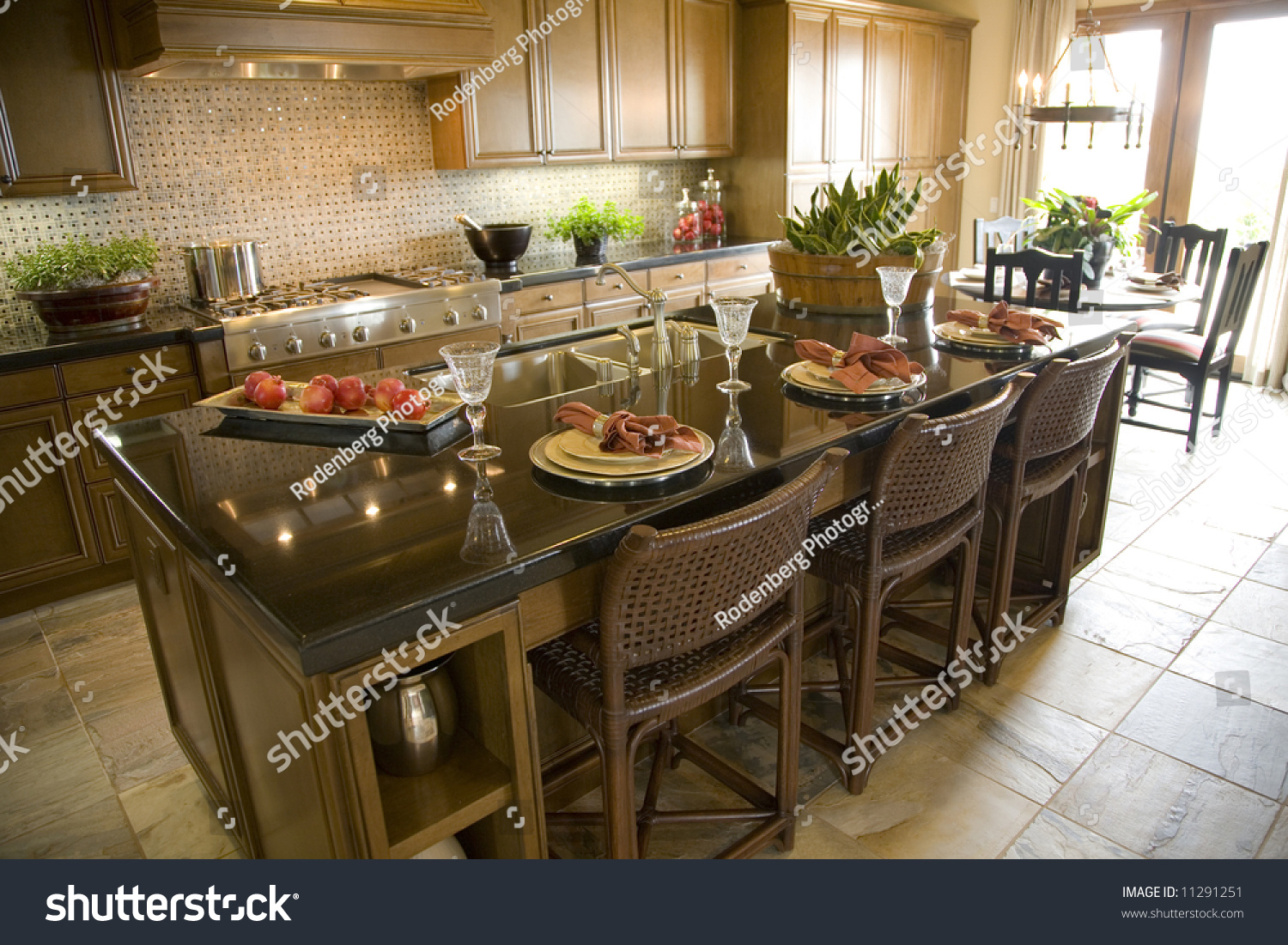 stock-photo-modern-kitchen-1986854.jpg