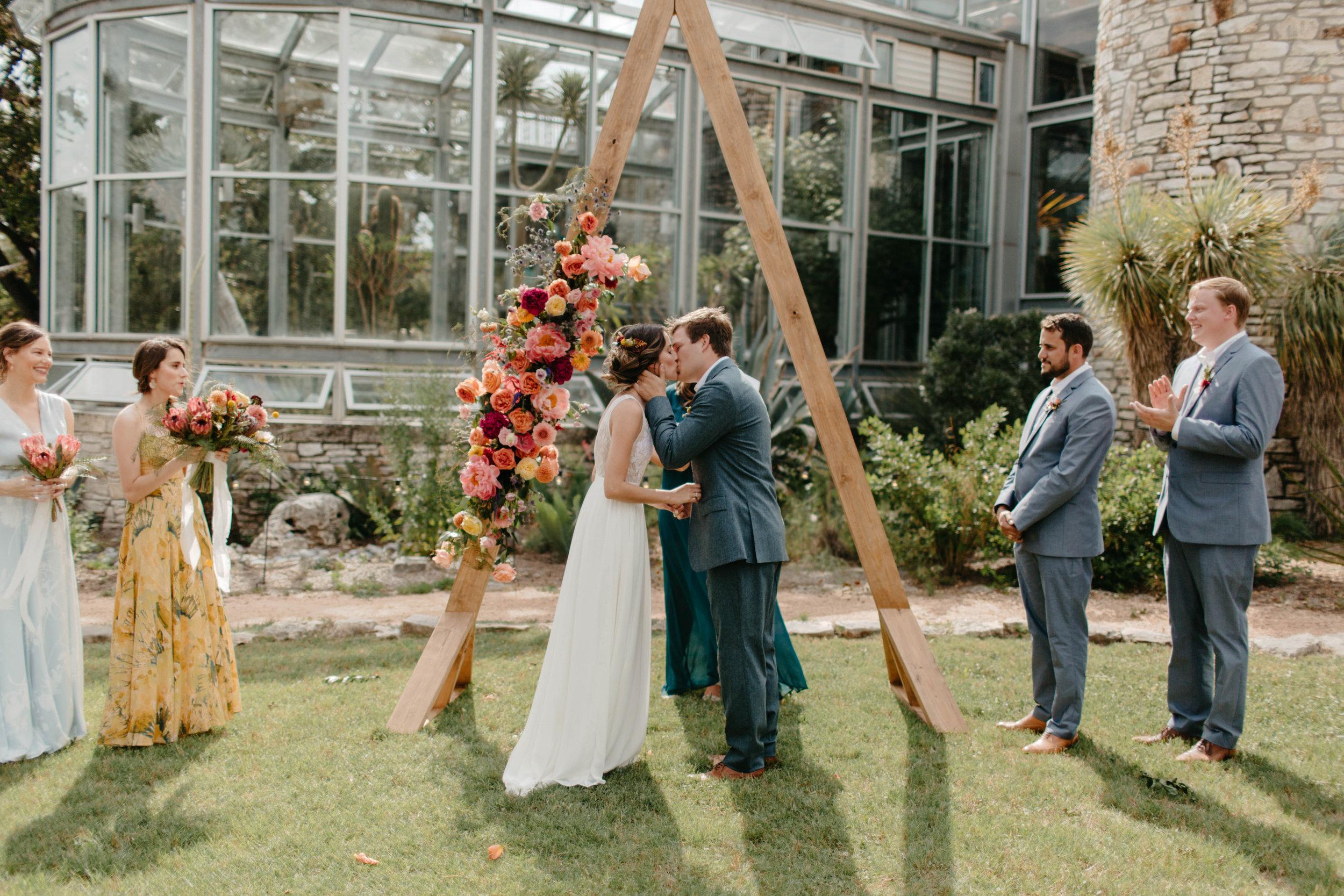 Oniel_Austin_Texas_Wedding_The_Teagues-205.jpg