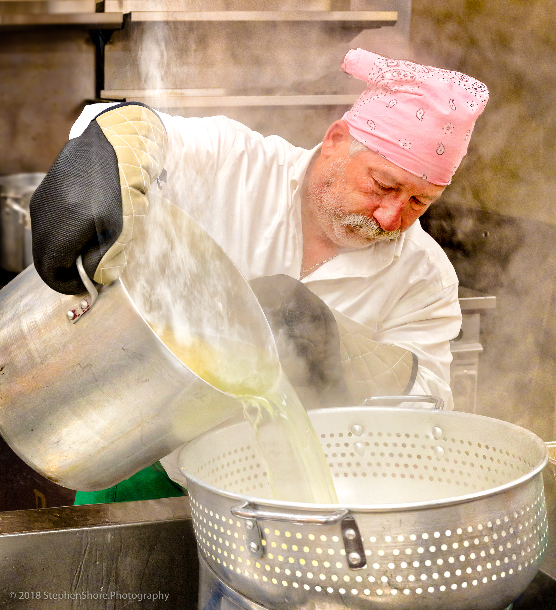 Mitzvah Cooking - Providing hot meals for local homes and shelters