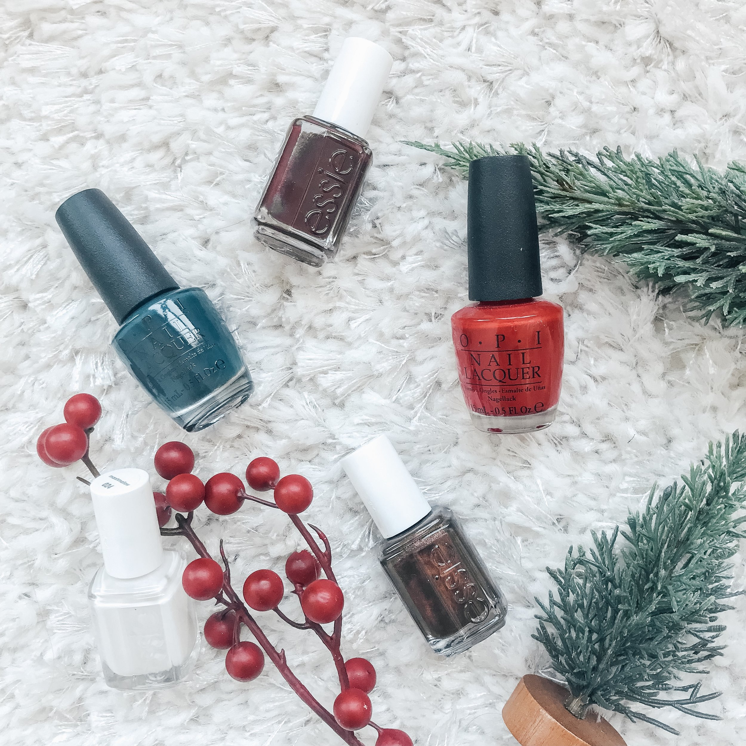 5 Festive Nail Colors for the Holidays - The Life She Wanders