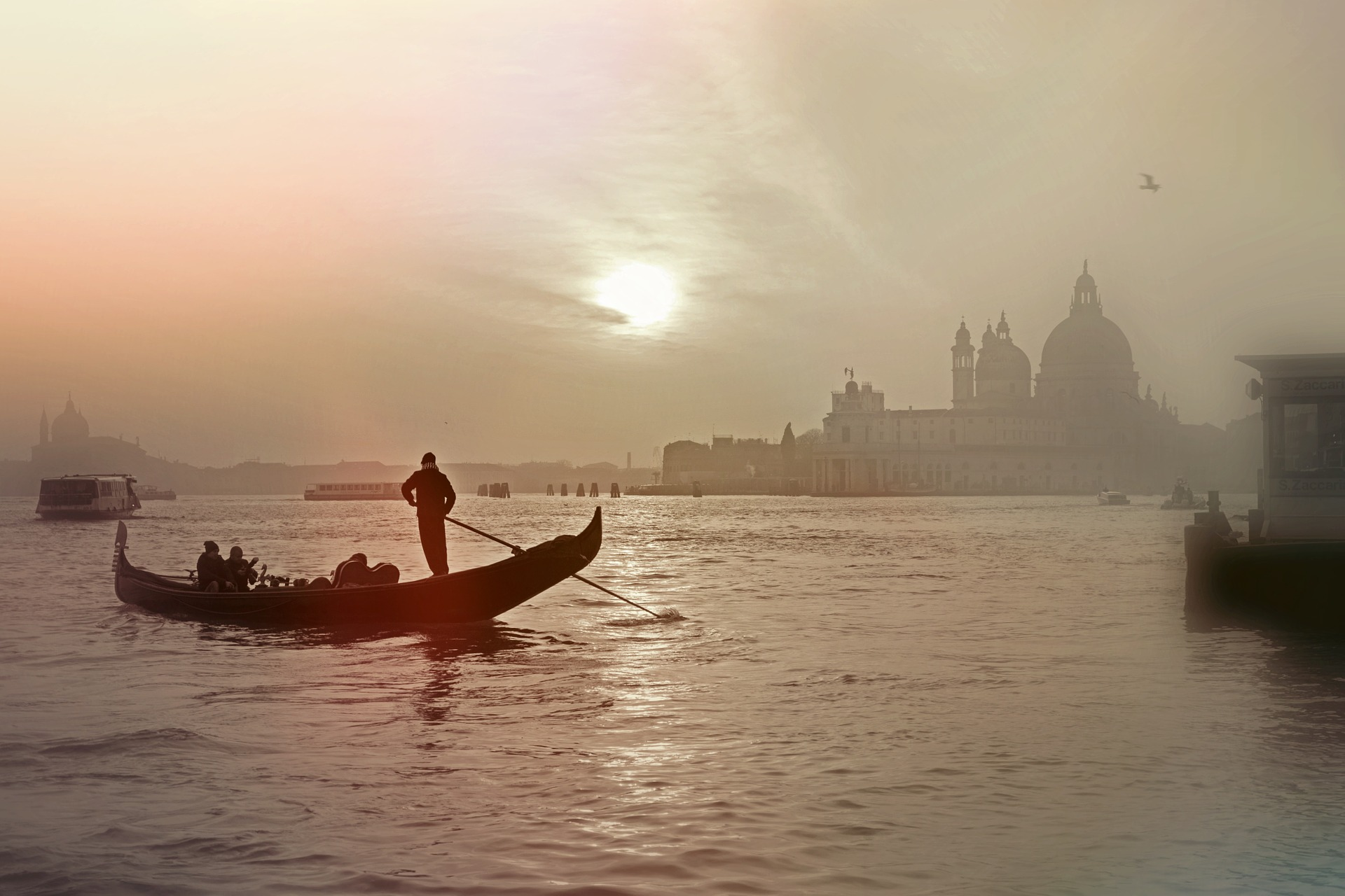Venice's gondoliers have been stand up paddling for centuries.