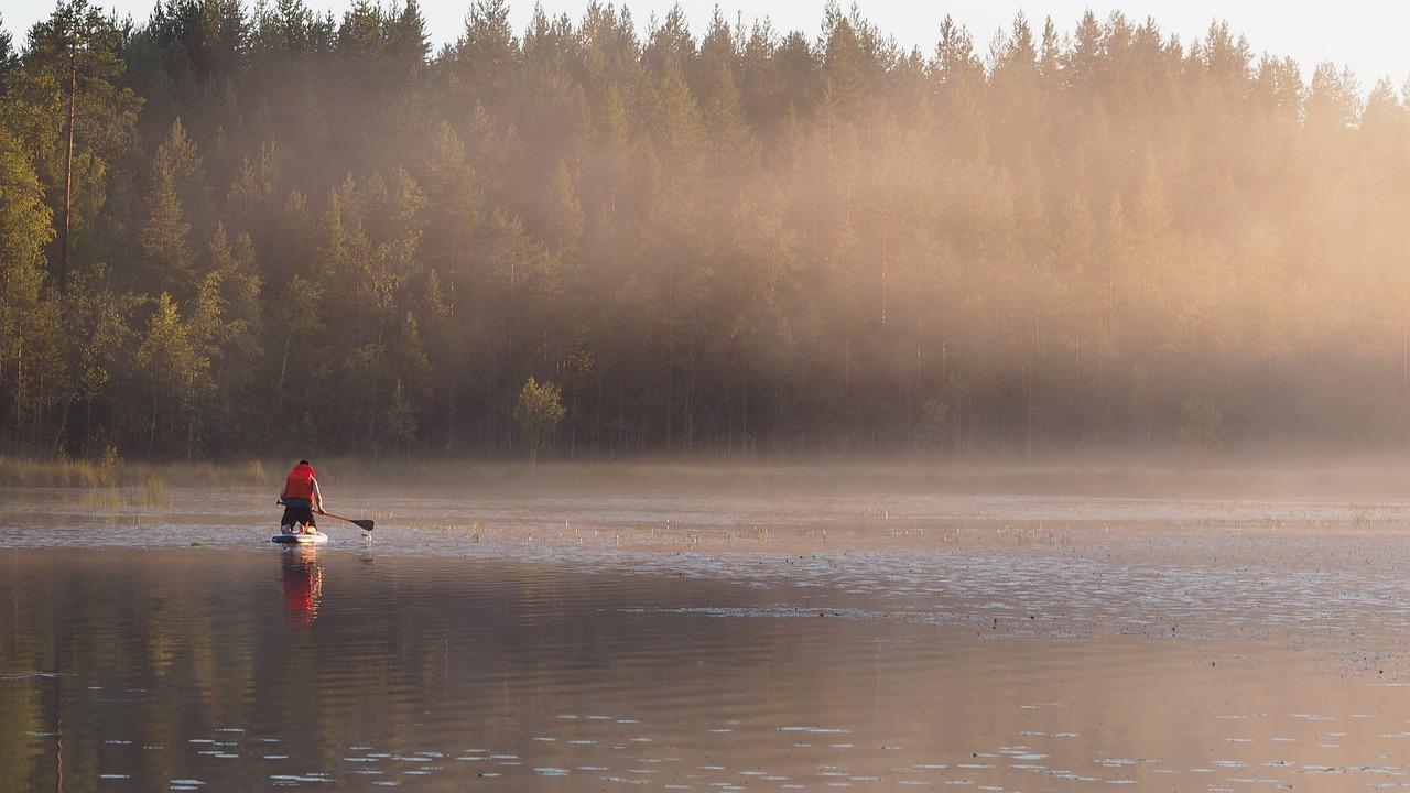 Always wear a PFD when paddling solo.