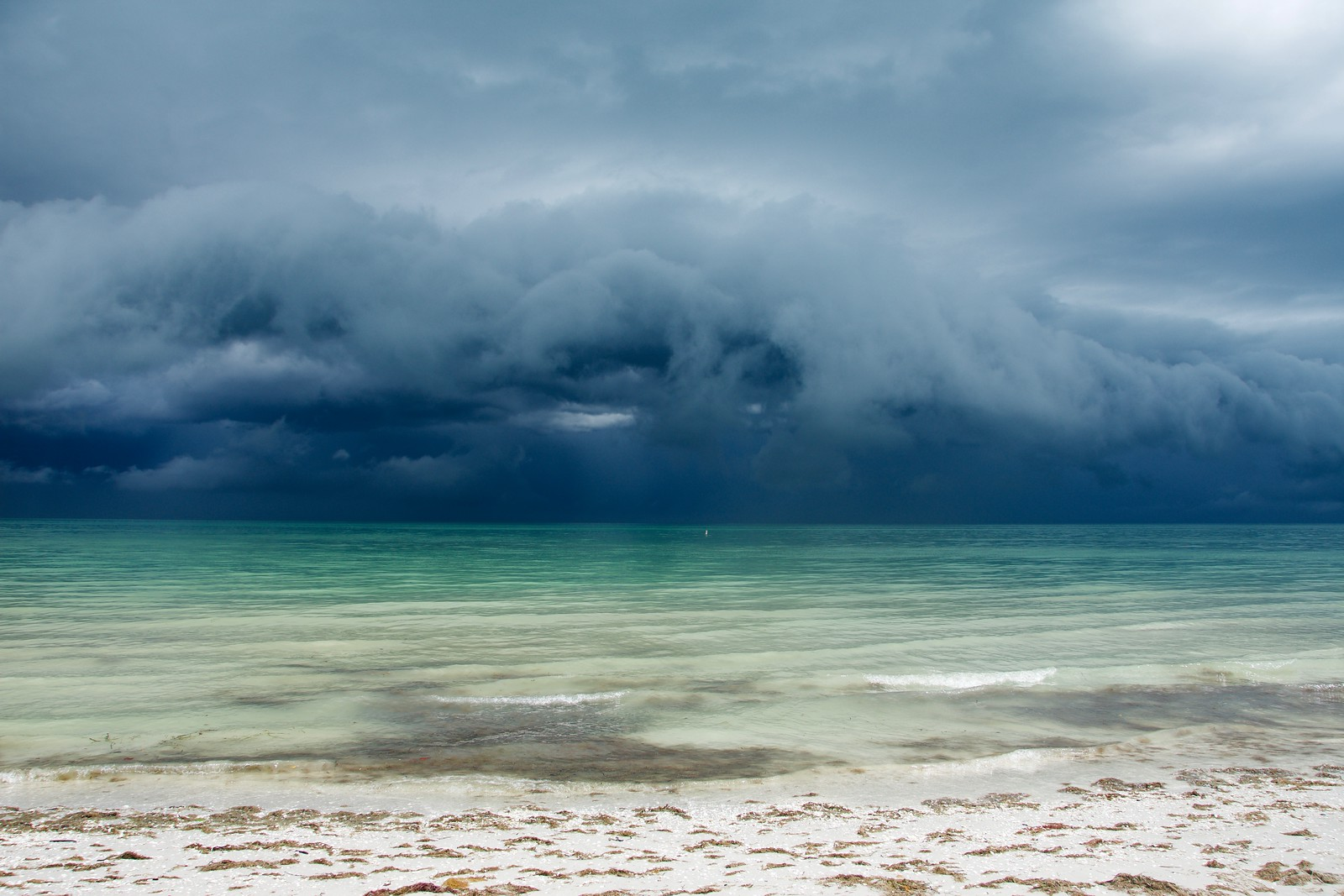 Storms can be beautiful but dangerous - be an alert and prepared paddler!