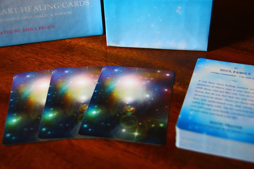 magical-heart-healing-cards-promo-02.jpg