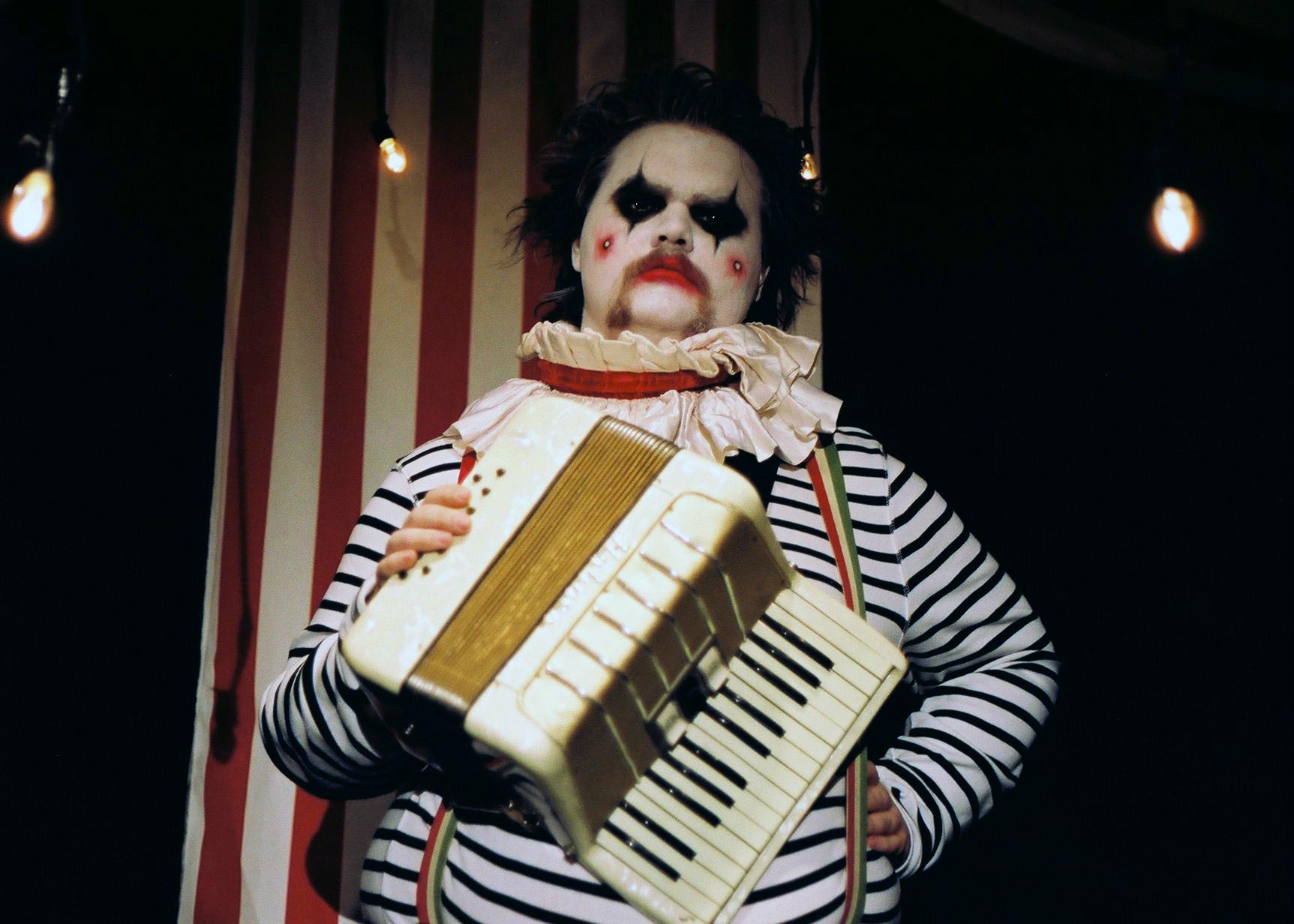 Clown, 2015