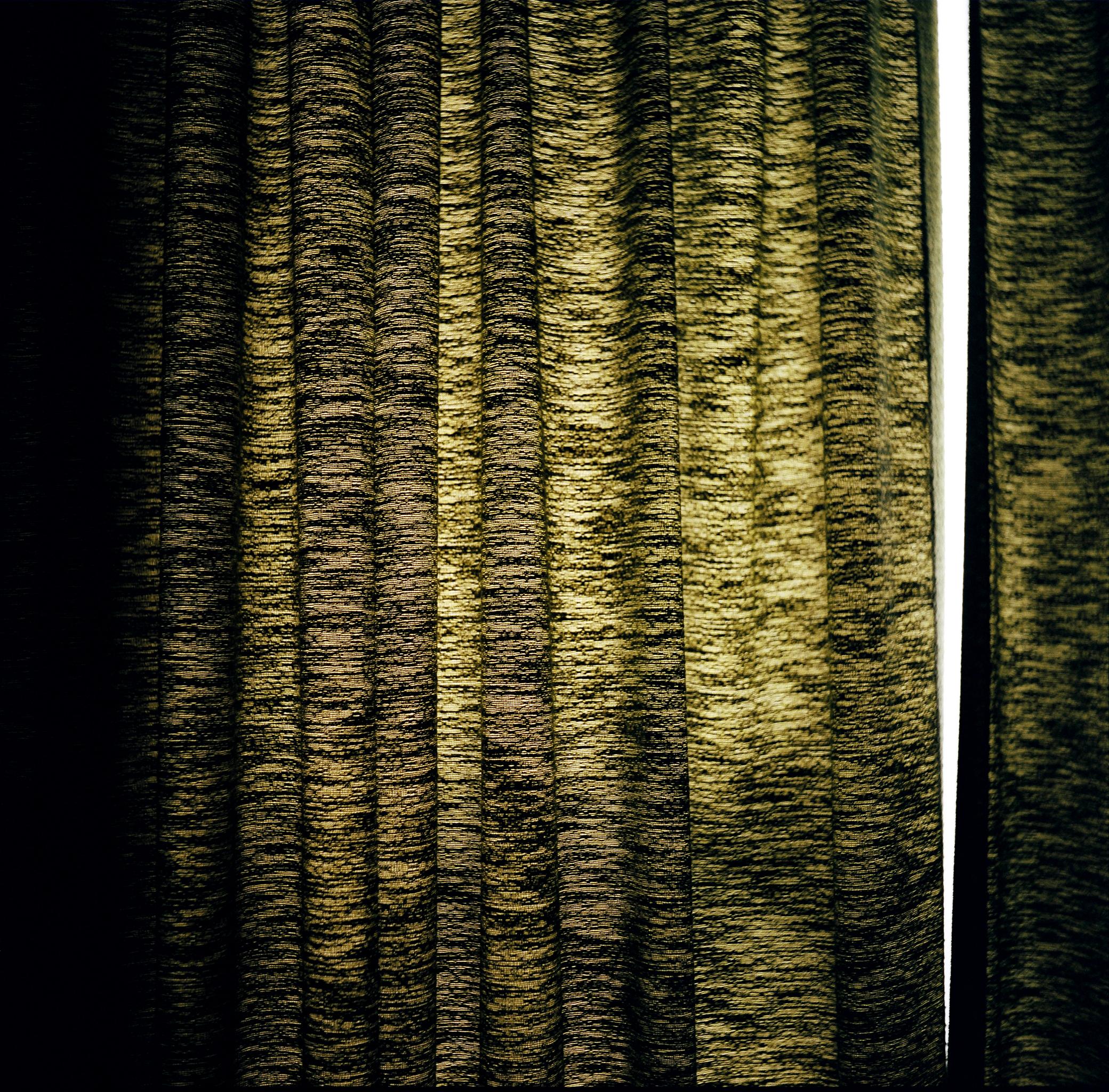CurtainsinHowardsRoom.jpg
