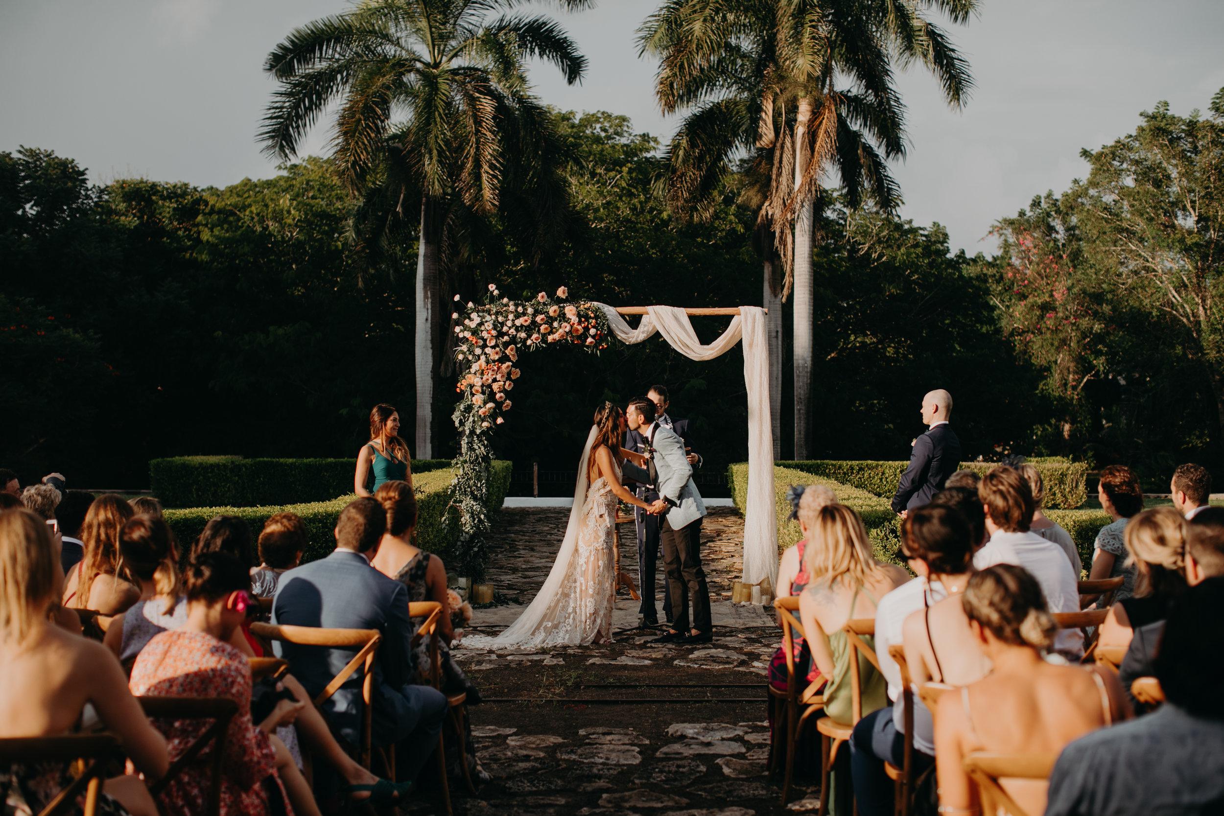 Hacienda Temozon Yucatan Mexico Wedding | Ida & Peter Emily Magers Photography-998.jpg
