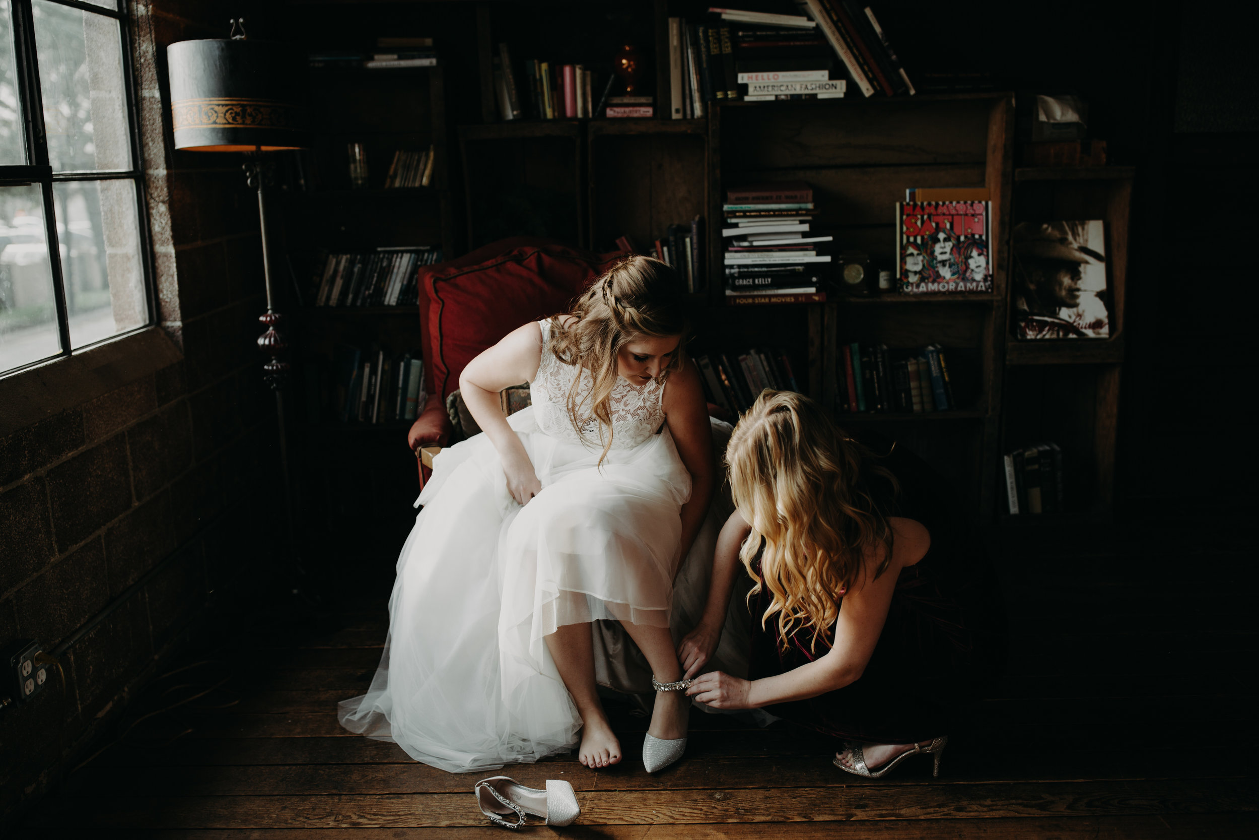 Smoky Hollow Studios Wedding Anne & Lewis Emily Magers Photography-100.jpg