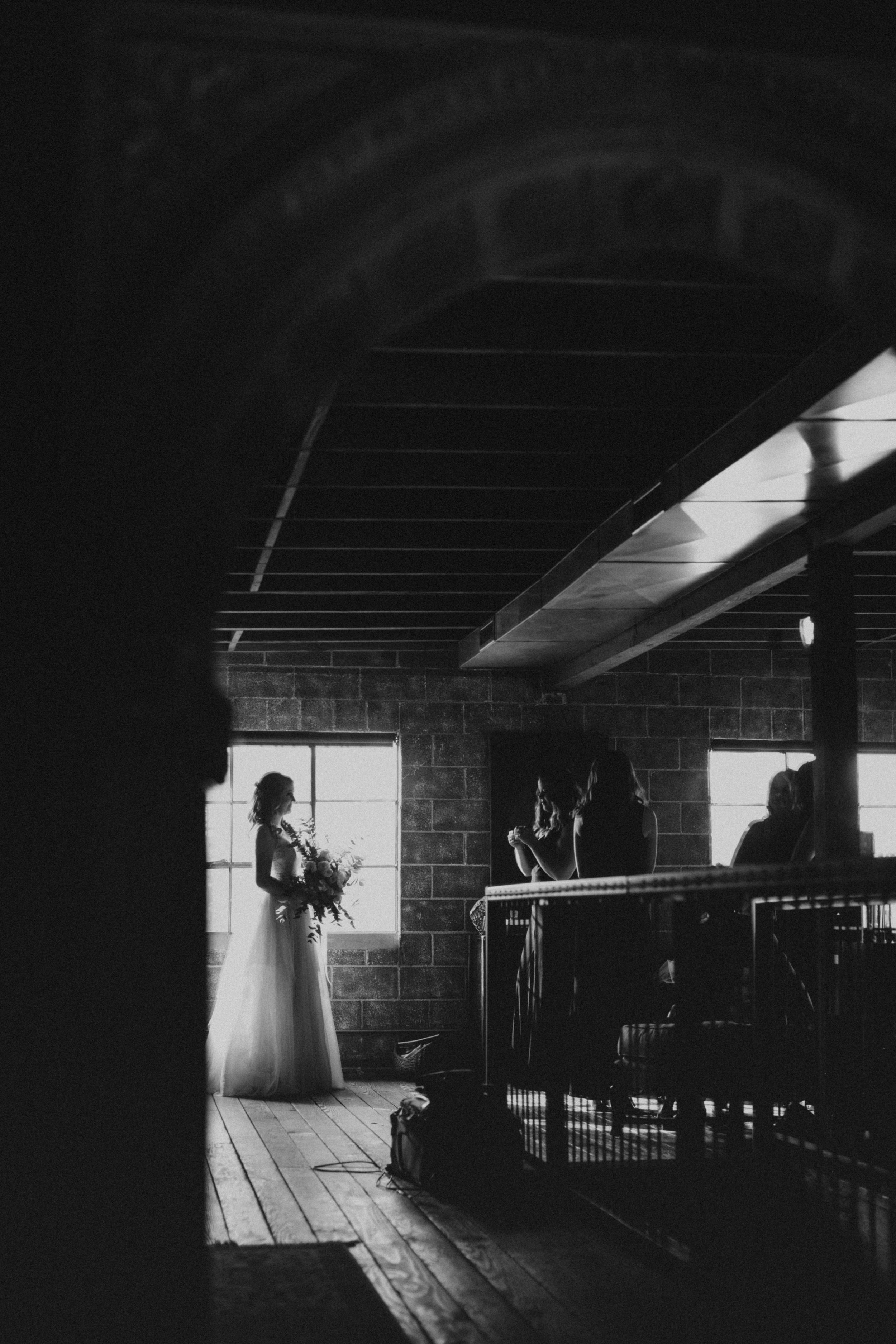 Smoky Hollow Studios Wedding Anne & Lewis Emily Magers Photography-146.jpg
