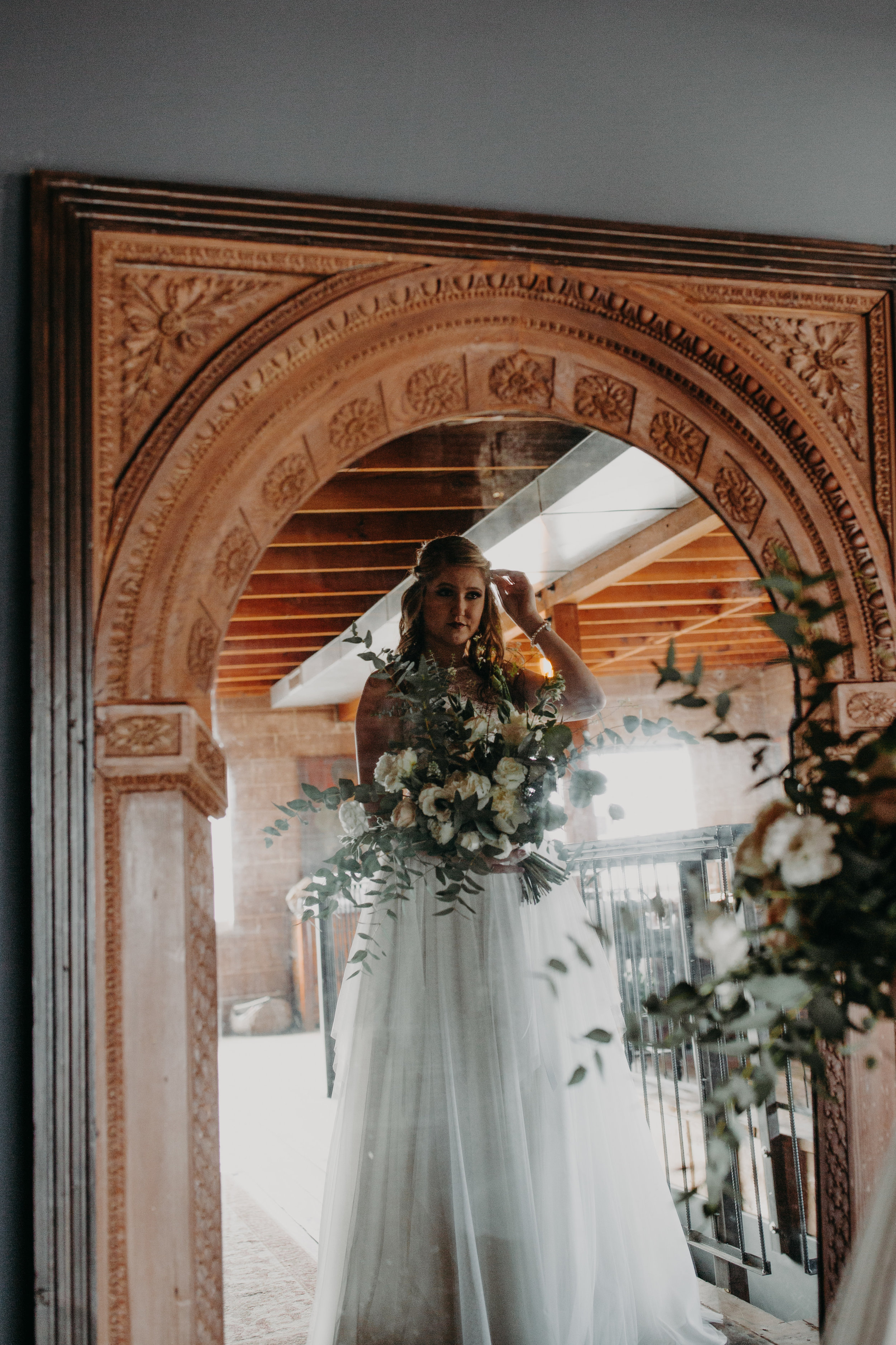 Smoky Hollow Studios Wedding Anne & Lewis Emily Magers Photography-148.jpg