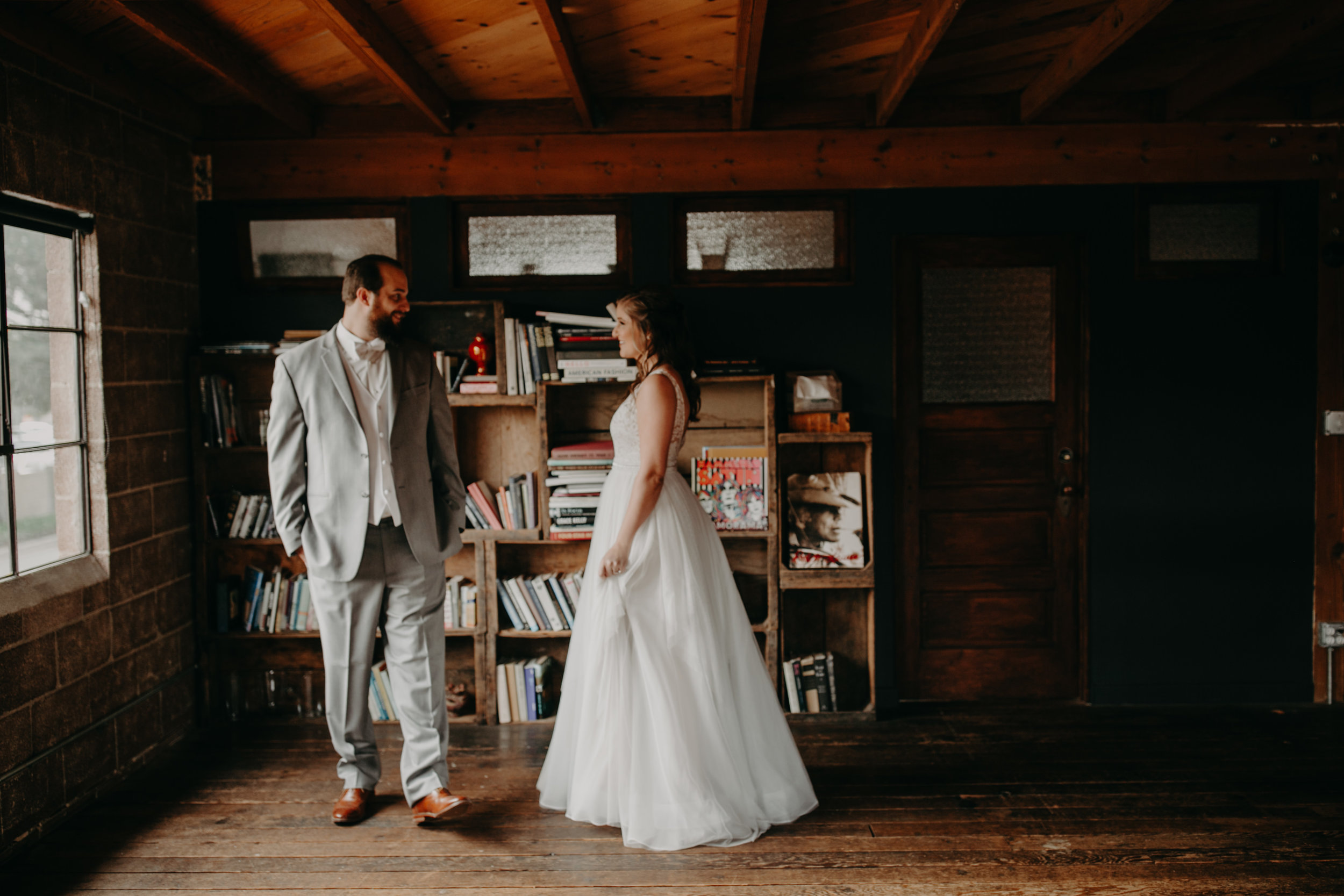 Smoky Hollow Studios Wedding Anne & Lewis Emily Magers Photography-197.jpg