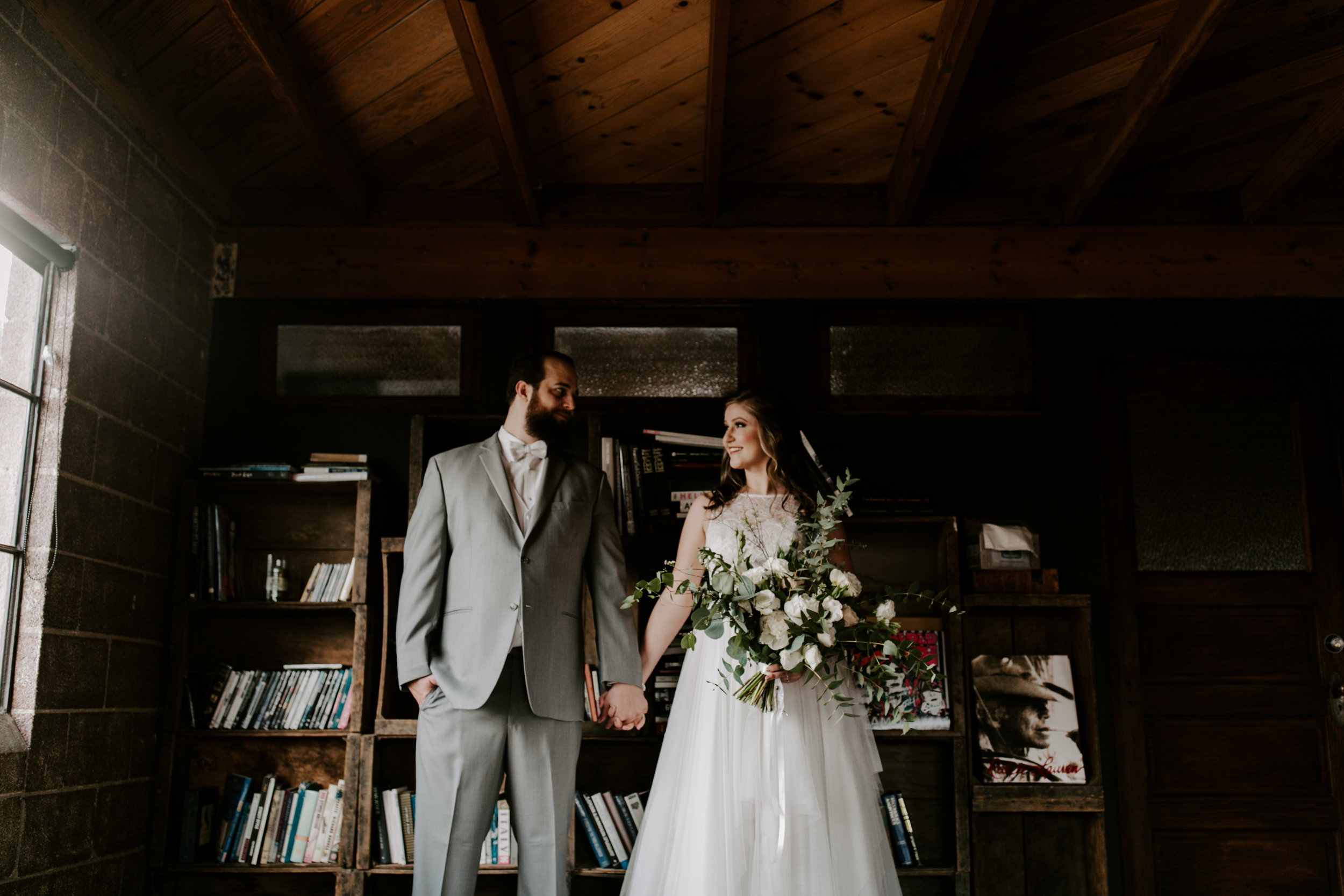 Smoky Hollow Studios Wedding Anne & Lewis Emily Magers Photography-402.jpg