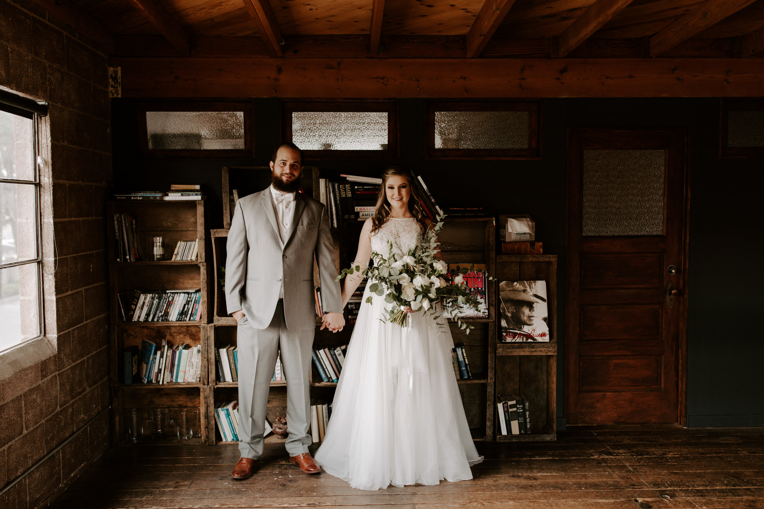 Smoky Hollow Studios Wedding Anne & Lewis Emily Magers Photography-400.jpg