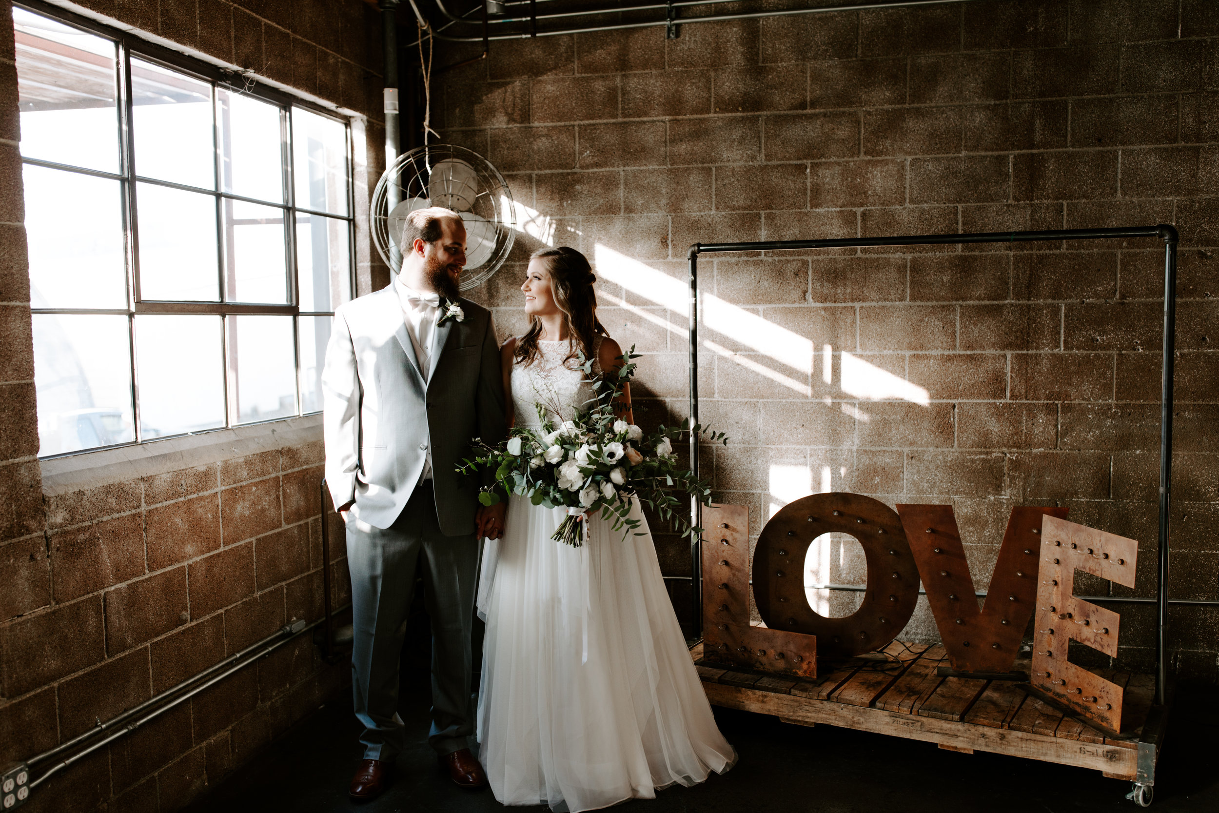Smoky Hollow Studios Wedding Anne & Lewis Emily Magers Photography-436.jpg