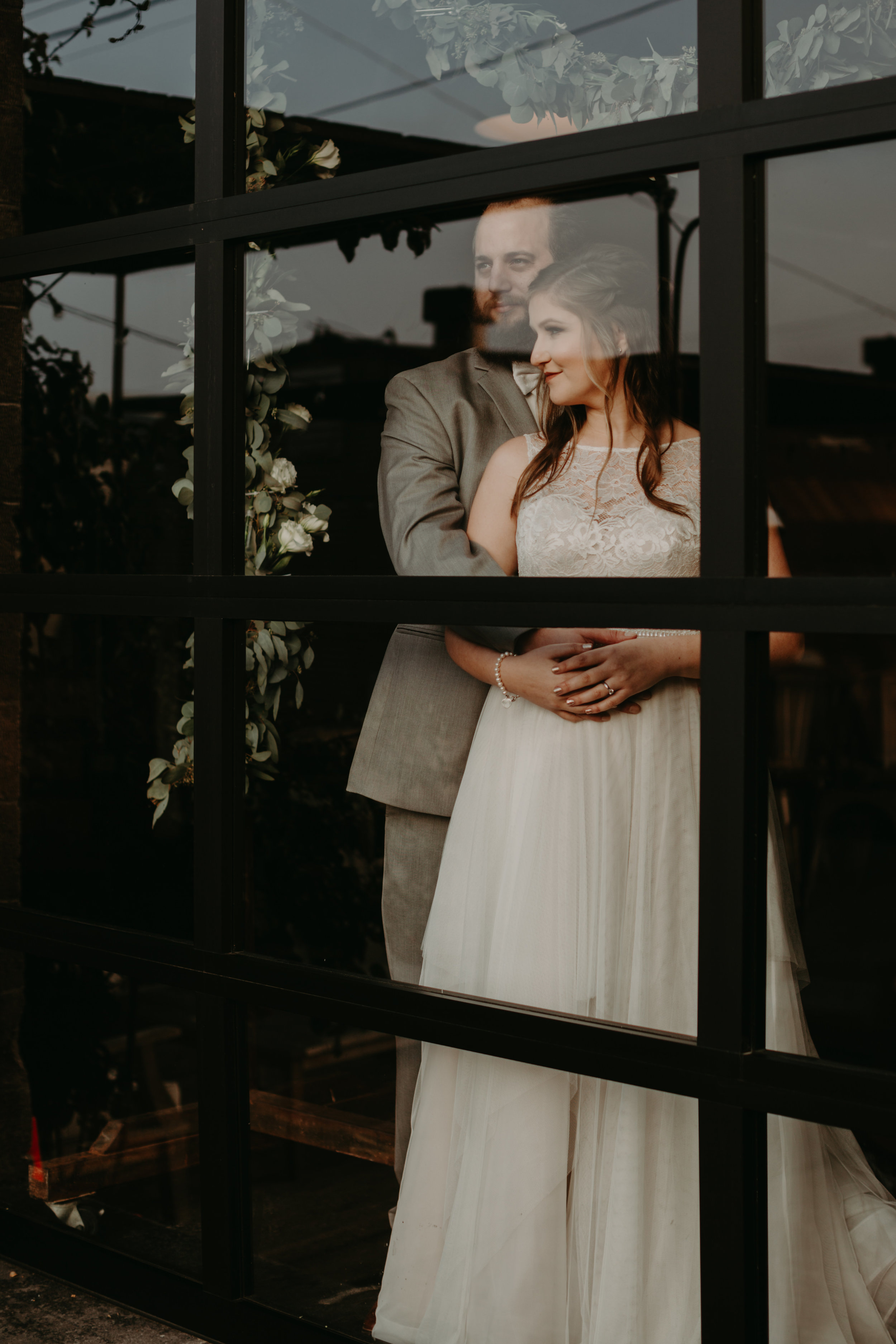 Smoky Hollow Studios Wedding Anne & Lewis Emily Magers Photography-478.jpg
