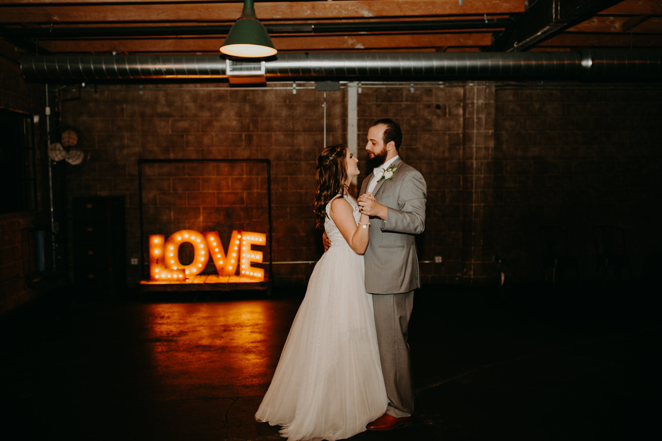 Smoky Hollow Studios Wedding Anne & Lewis Emily Magers Photography-739.jpg