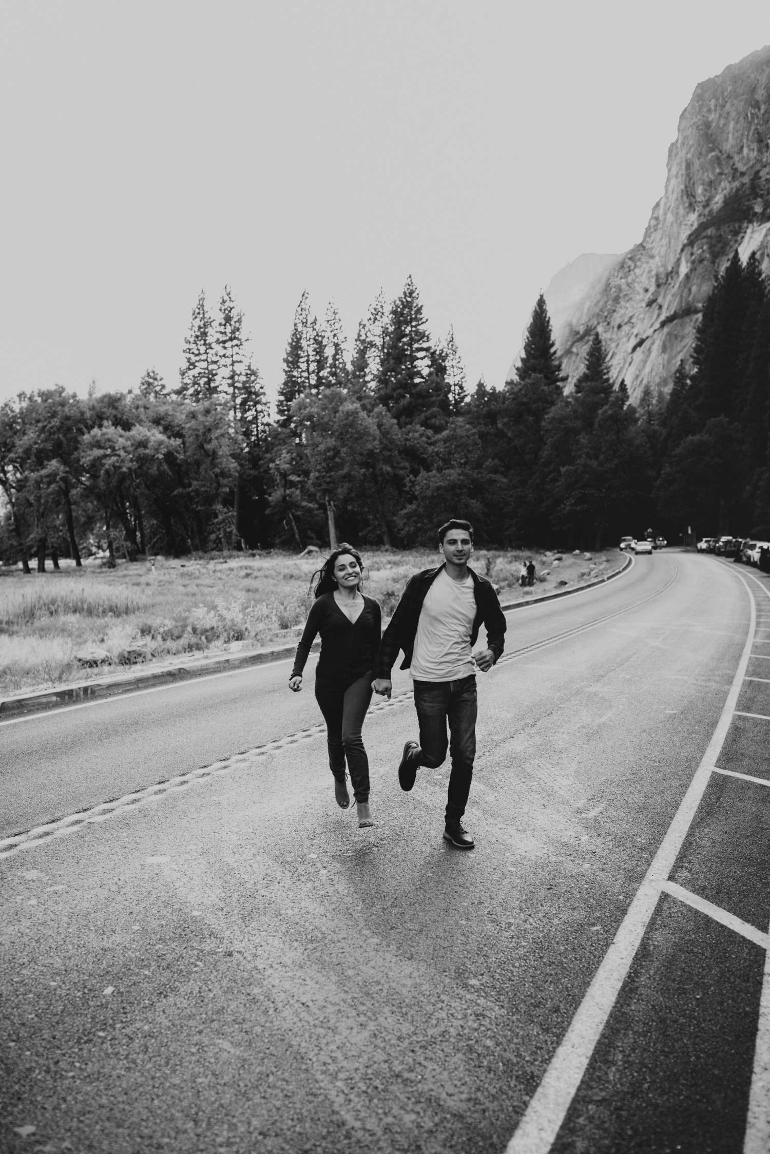 14_Yosemite-National-Park-Engagement-Session-Emily-Magers-Photography34.jpg