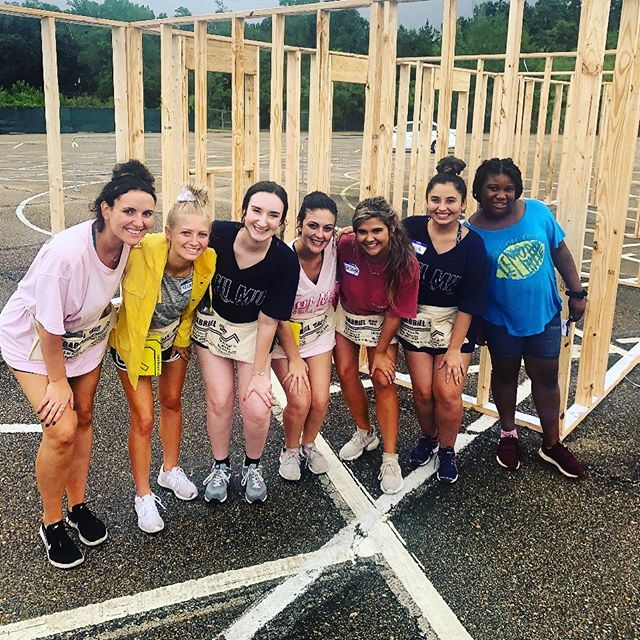 We love helping our community💓  Thank you @southeastern_sga for organizing this project! #homecoming2019 #greenandgoldhouse