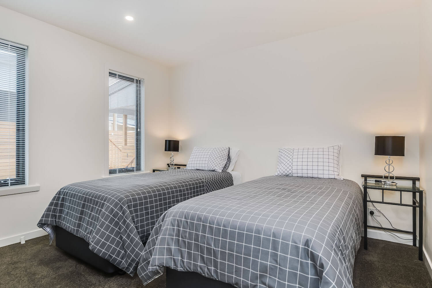 Apartments on Fraser Bicheno- Stay in boutique apartments on the east coast of Tasmania
