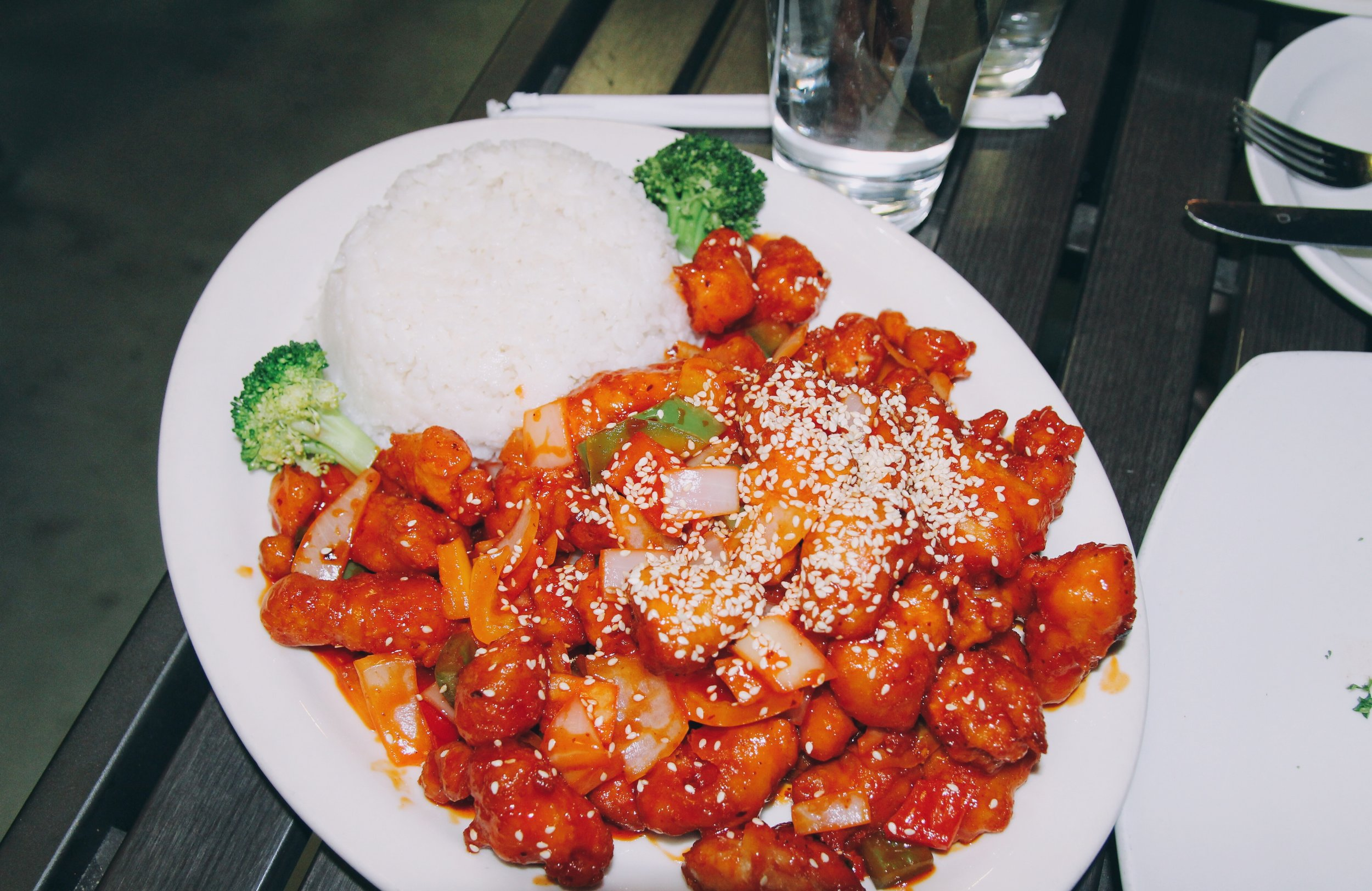 sweet + sour chicken with white rice & broccoli -