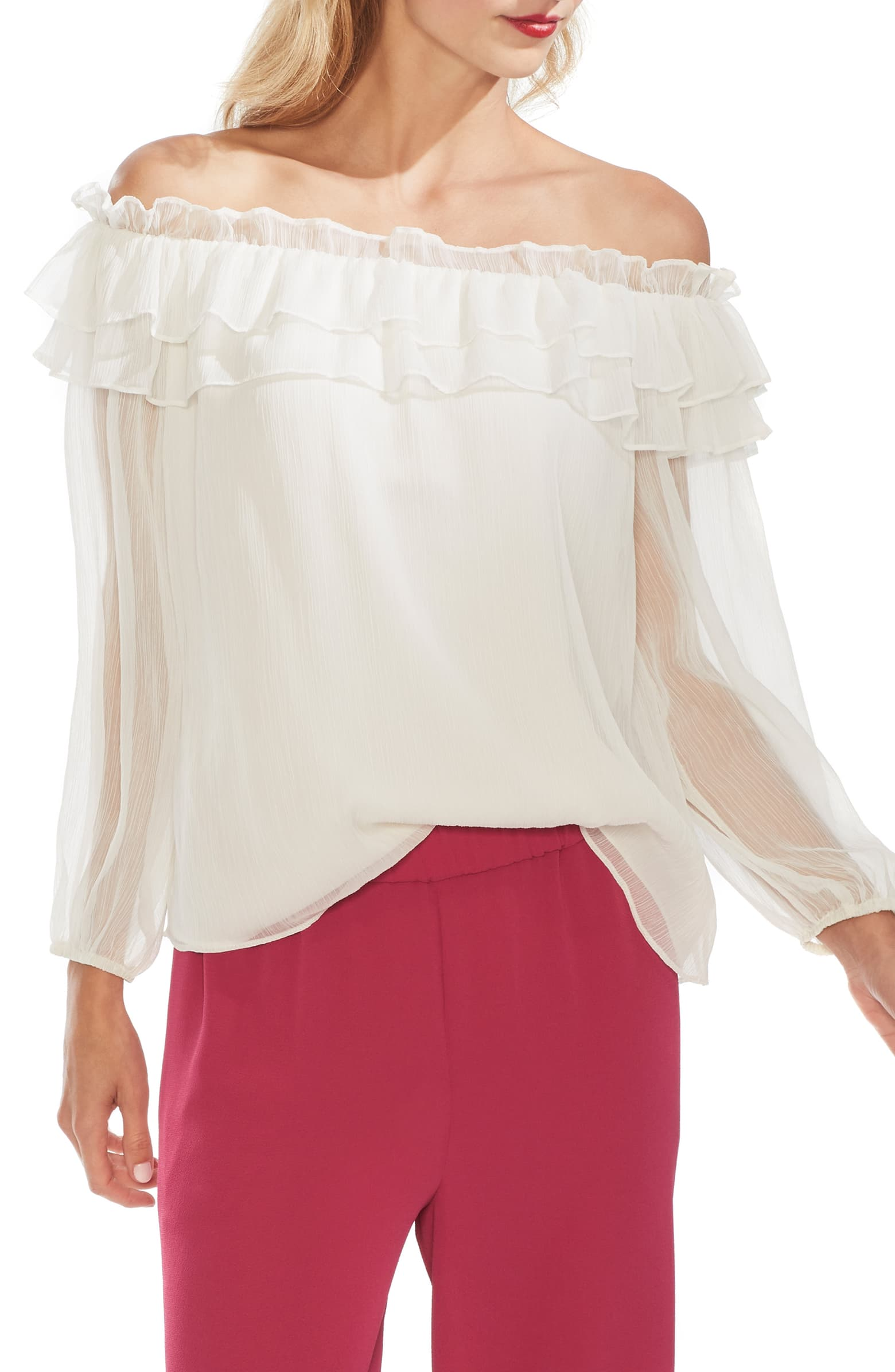 Unfortunately, the shirt I wore is out of stock, but this is SUPER similar! Only main difference is the sleeve length!