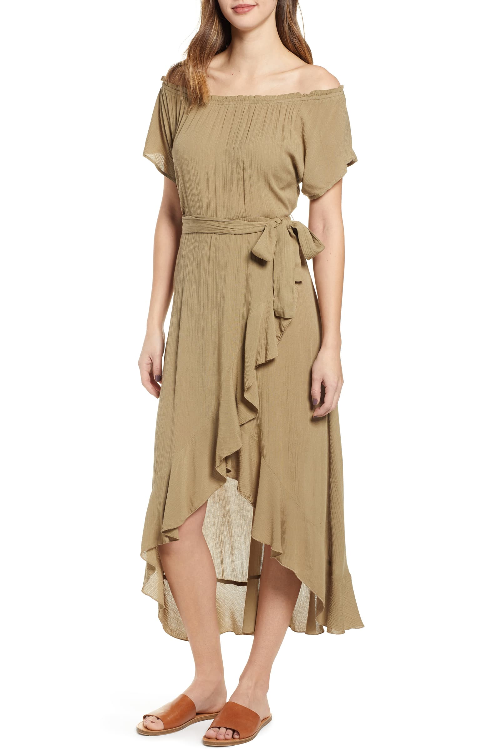 Not the exact dress I bought because mine has sold out, but had this been available when I was shopping for light, flowy dresses I would've had it in my cart right away!