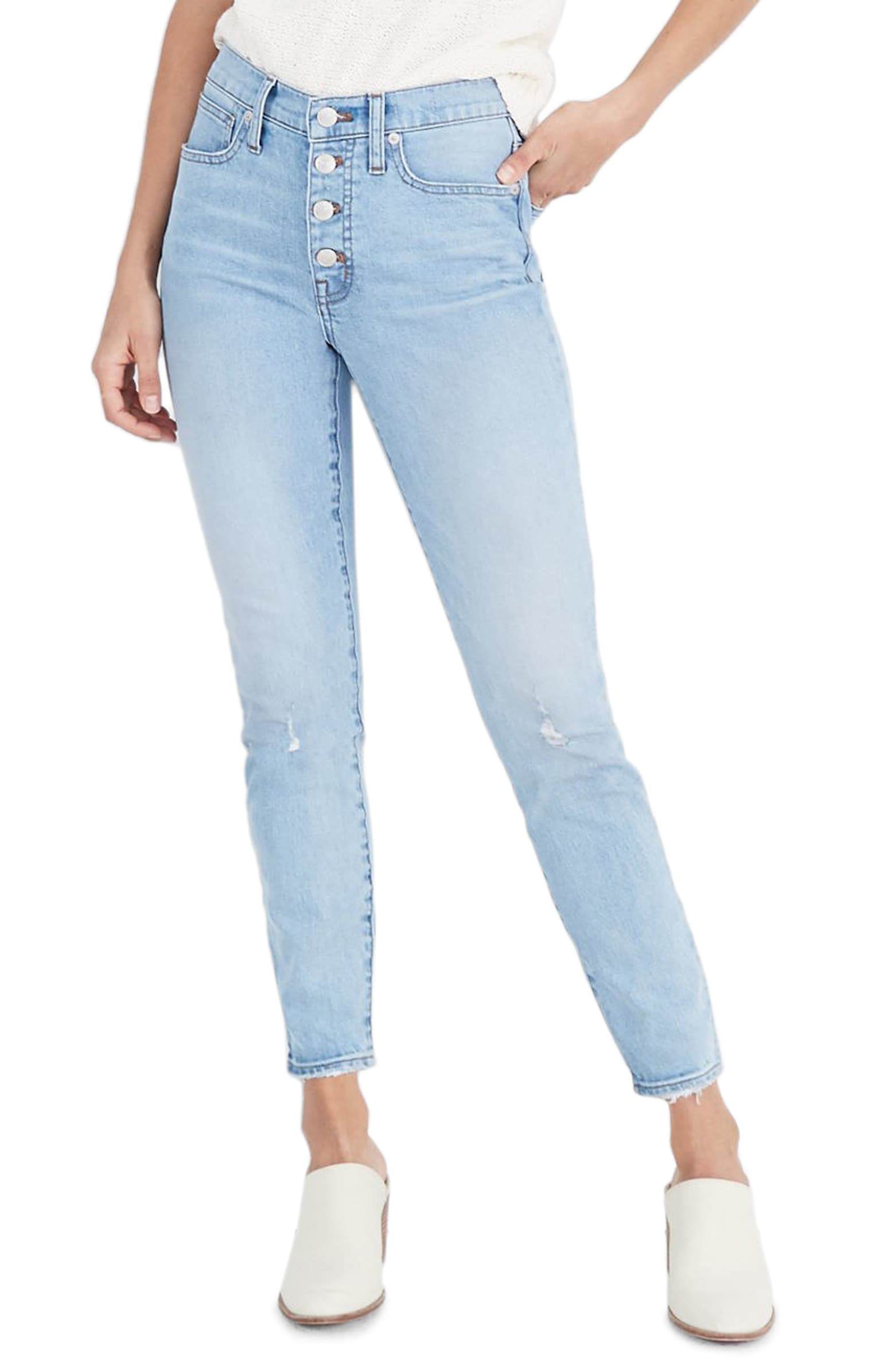 Not the exact jeans I had on the trip because unfortunately they're sold out on every website I tried, but these are a similar fit and I love the light wash!