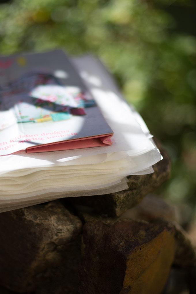Sauver un livre d'une inondation sur le blog de Flore Vallery-Radot
